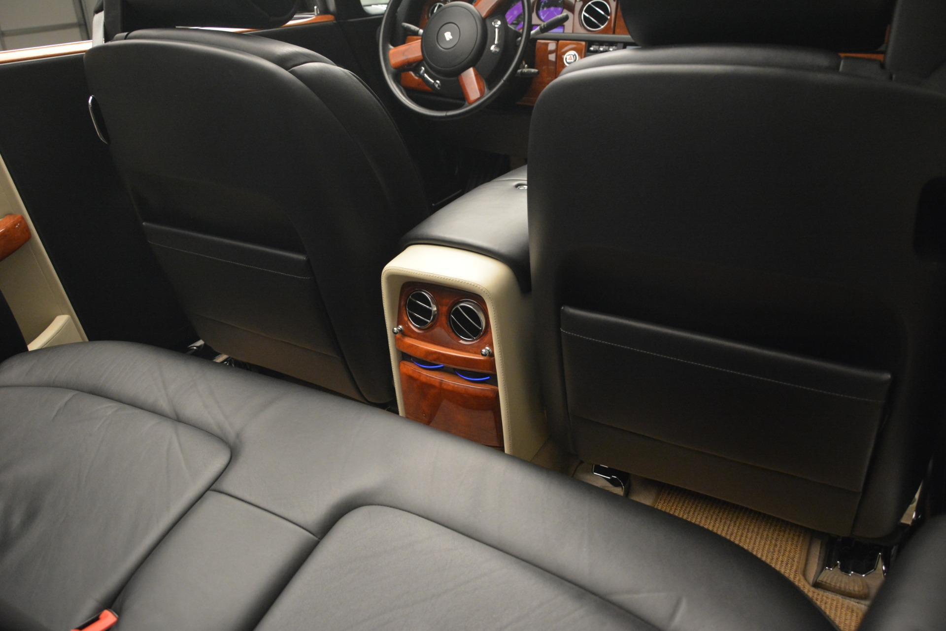 Used 2008 Rolls-Royce Phantom Drophead Coupe  For Sale $155900 In Greenwich, CT 3000_p28