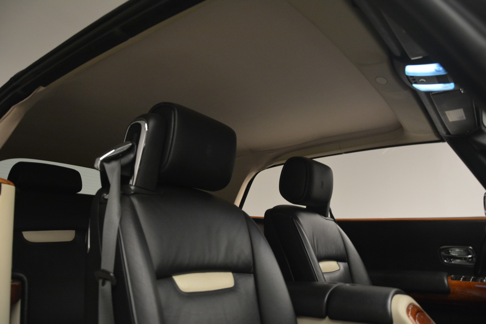 Used 2008 Rolls-Royce Phantom Drophead Coupe  For Sale In Greenwich, CT. Alfa Romeo of Greenwich, B1384A 3000_p29