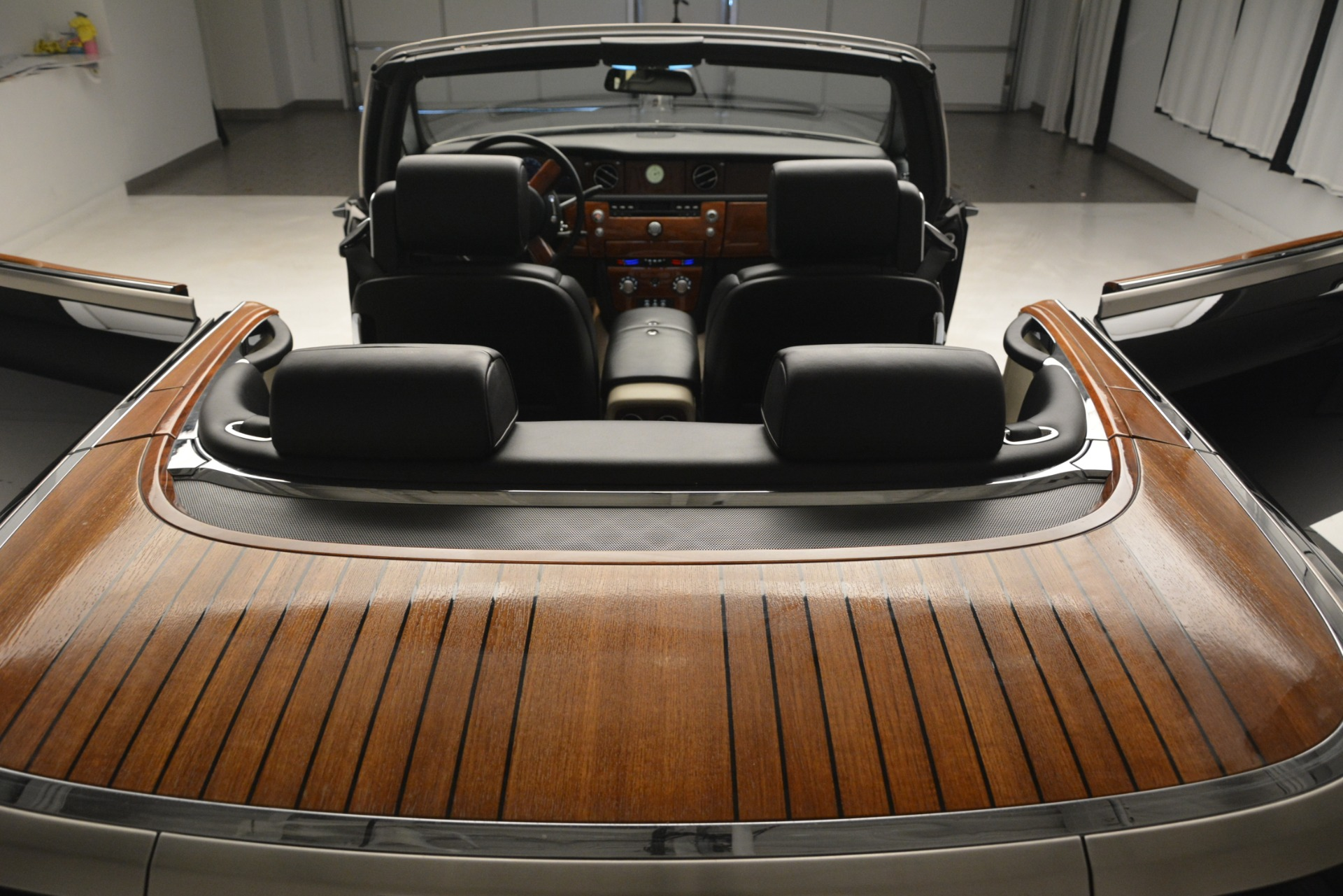 Used 2008 Rolls-Royce Phantom Drophead Coupe  For Sale $155900 In Greenwich, CT 3000_p31