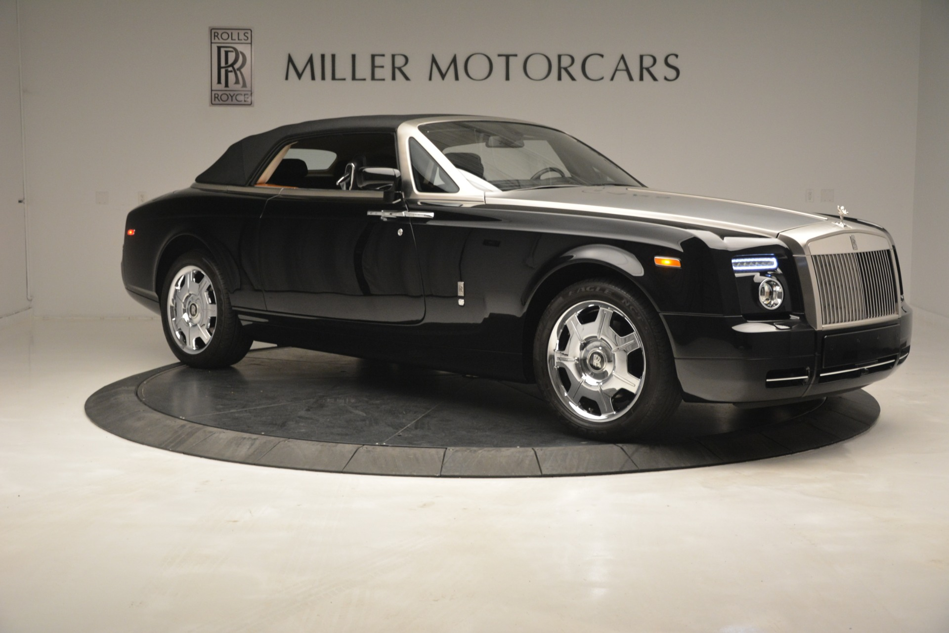 Used 2008 Rolls-Royce Phantom Drophead Coupe  For Sale In Greenwich, CT. Alfa Romeo of Greenwich, B1384A 3000_p40