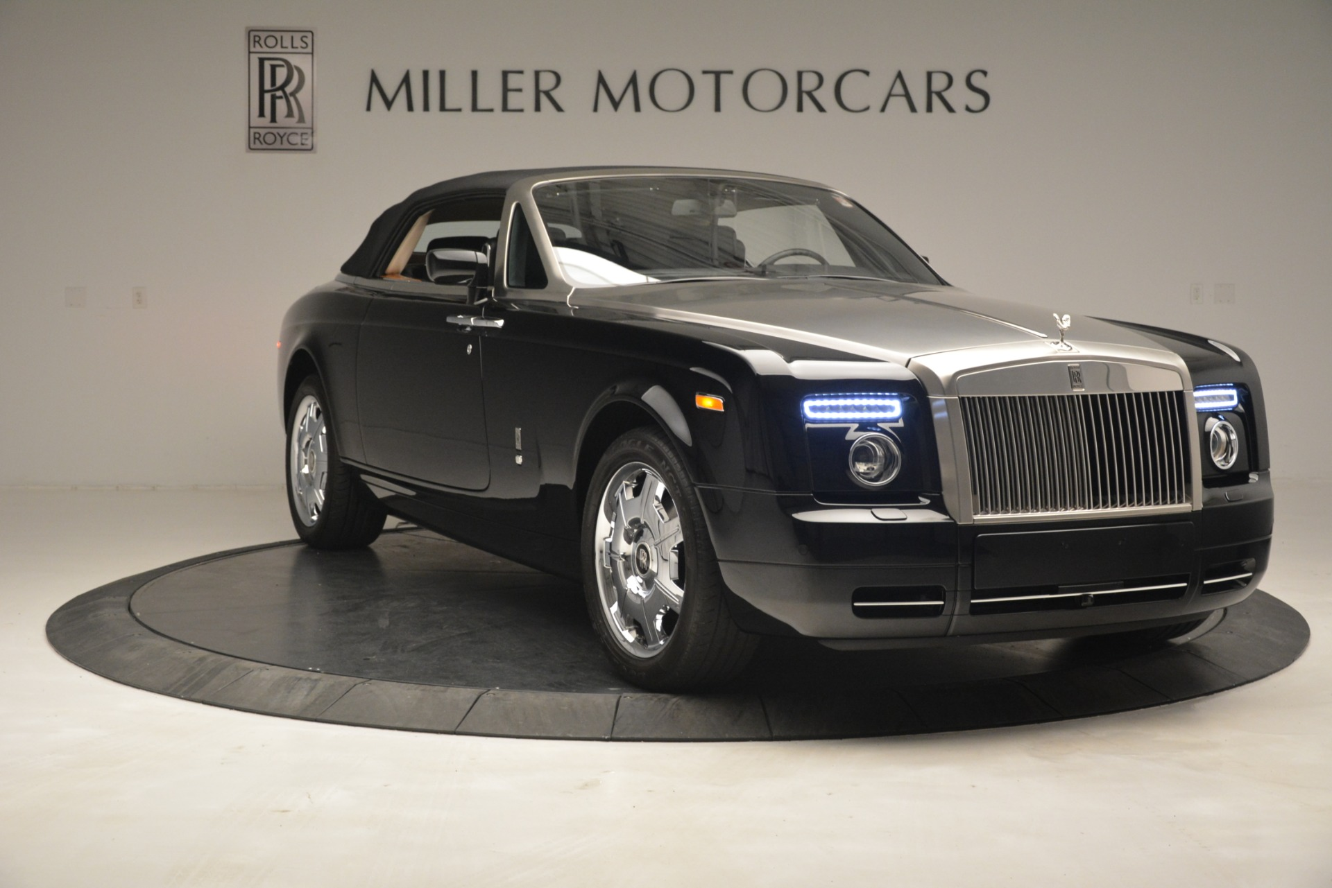 Used 2008 Rolls-Royce Phantom Drophead Coupe  For Sale $155900 In Greenwich, CT 3000_p42