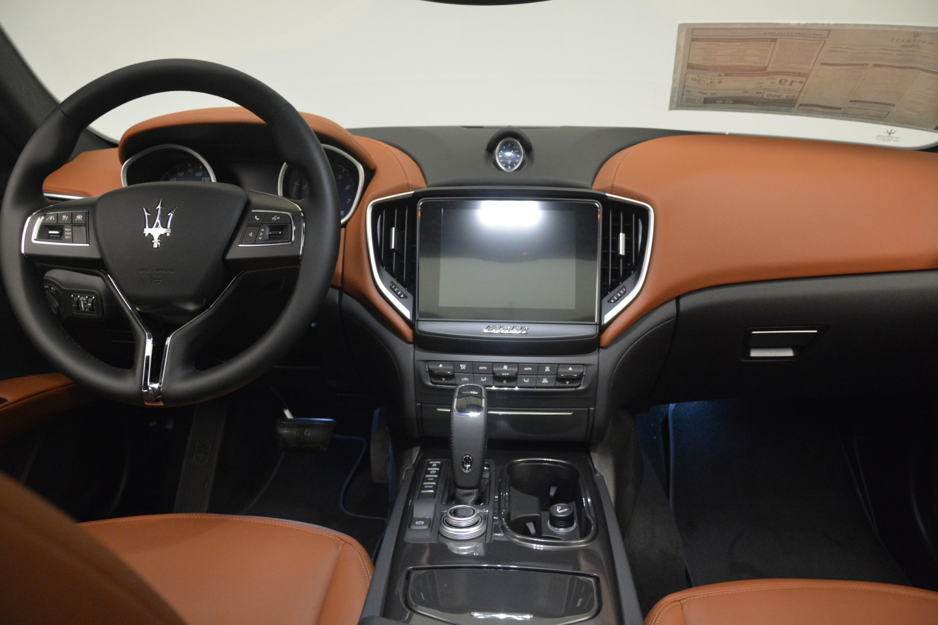 New 2019 Maserati Ghibli S Q4 For Sale In Greenwich, CT. Alfa Romeo of Greenwich, M2269 3004_p16