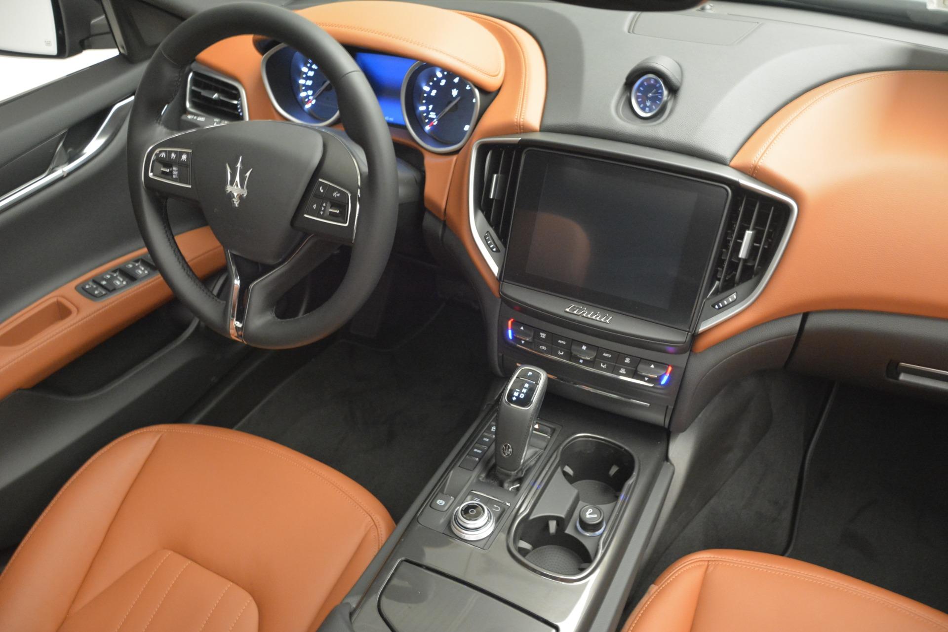 New 2019 Maserati Ghibli S Q4 For Sale In Greenwich, CT. Alfa Romeo of Greenwich, M2269 3004_p17