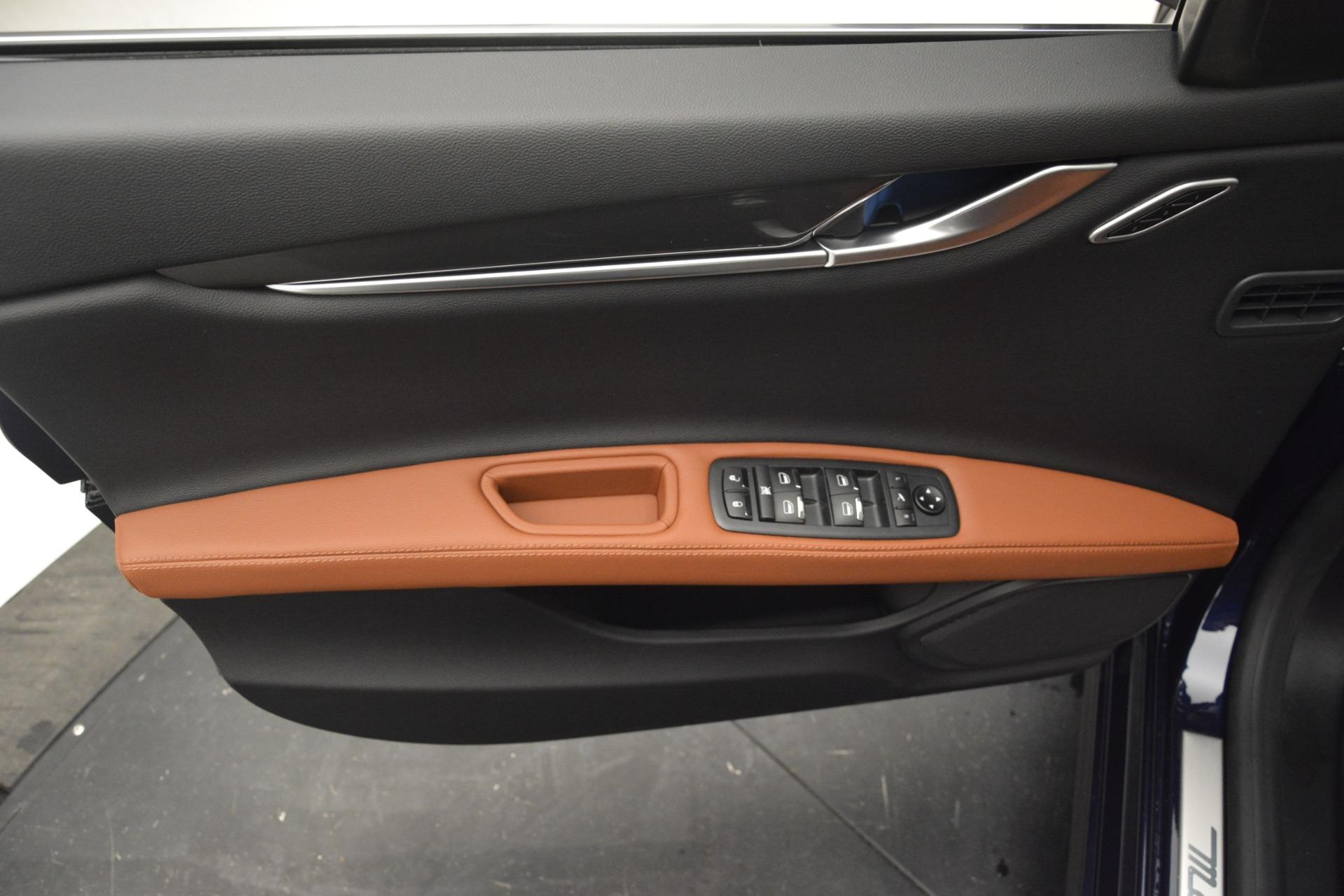 New 2019 Maserati Ghibli S Q4 For Sale In Greenwich, CT. Alfa Romeo of Greenwich, M2269 3004_p18