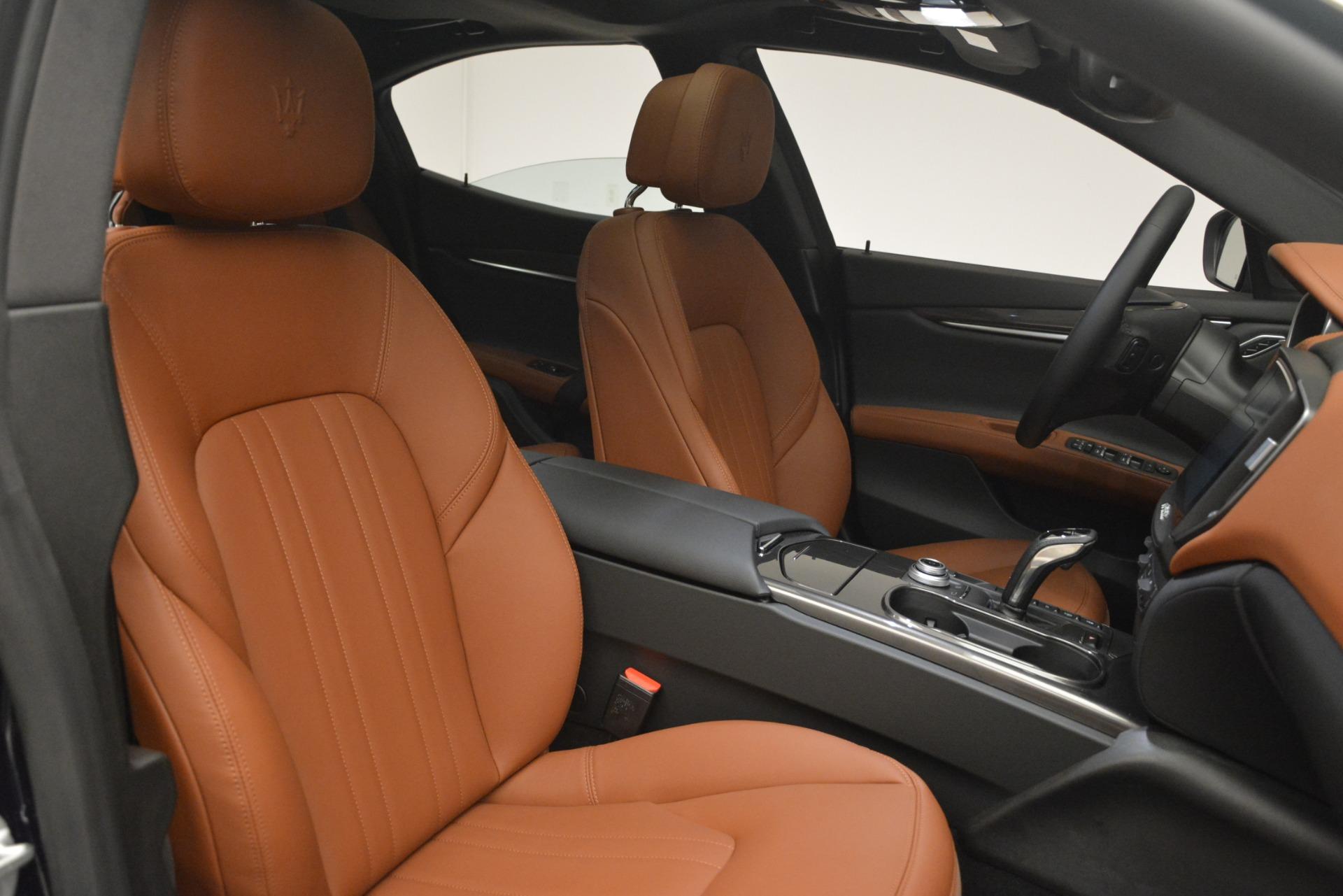 New 2019 Maserati Ghibli S Q4 For Sale In Greenwich, CT. Alfa Romeo of Greenwich, M2269 3004_p24