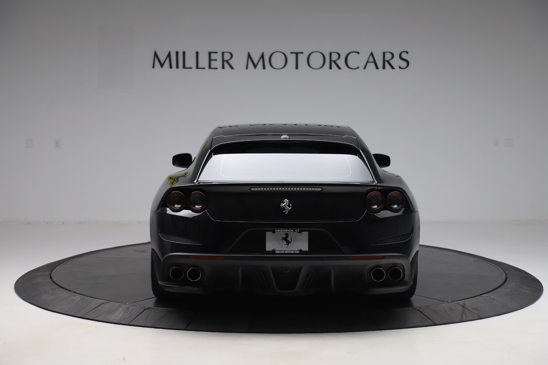 Used 2018 Ferrari GTC4Lusso  For Sale In Greenwich, CT. Alfa Romeo of Greenwich, F1895B 3005_p6