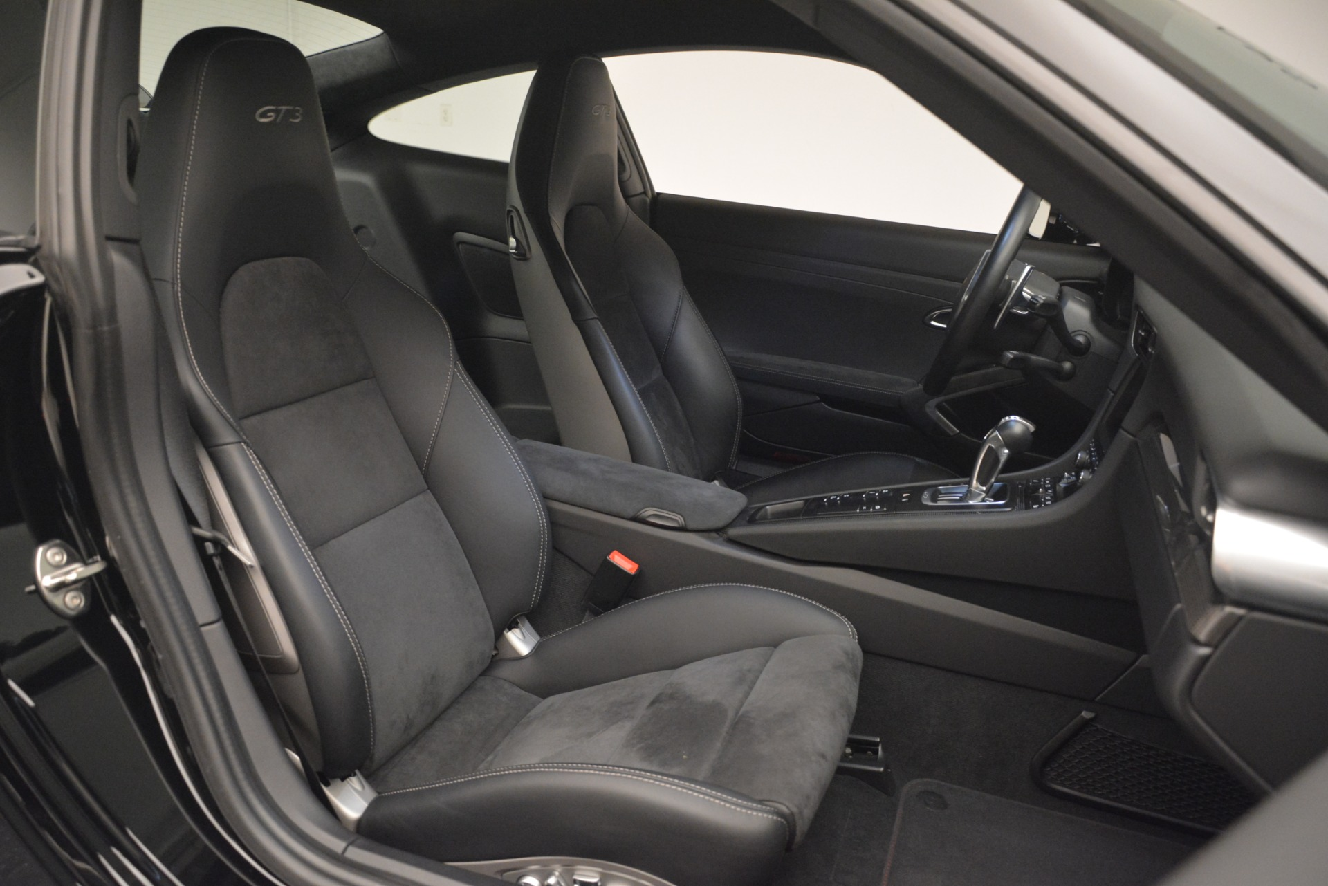 Used 2015 Porsche 911 GT3 For Sale In Greenwich, CT. Alfa Romeo of Greenwich, 7516 3009_p21