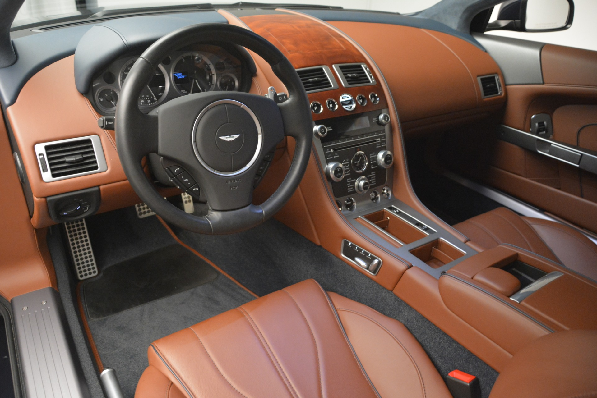 Used 2014 Aston Martin DB9 Coupe For Sale In Greenwich, CT. Alfa Romeo of Greenwich, A1279A 3010_p14