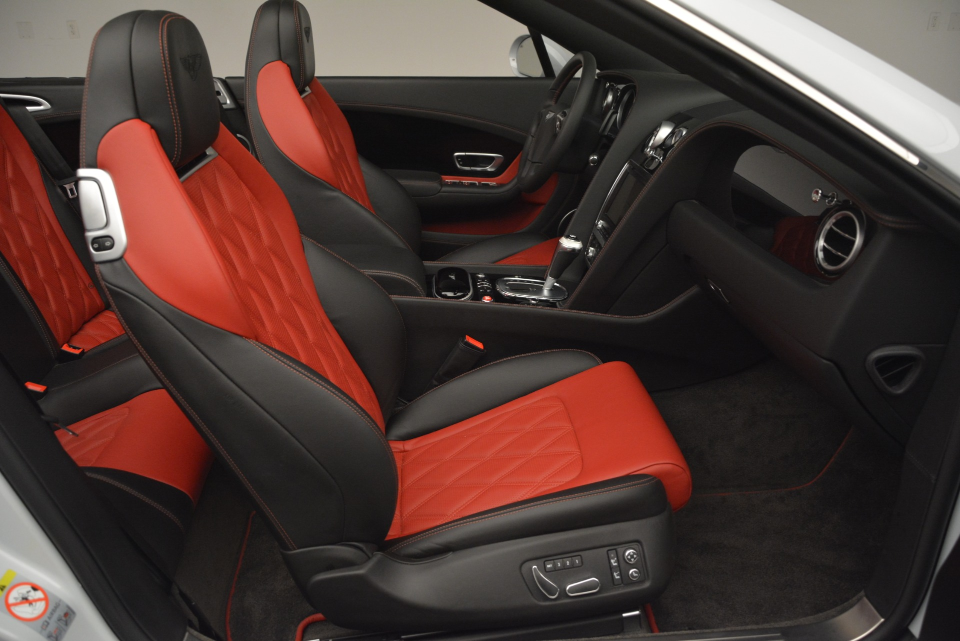 Used 2014 Bentley Continental GT V8 S For Sale In Greenwich, CT. Alfa Romeo of Greenwich, 7519 3011_p31