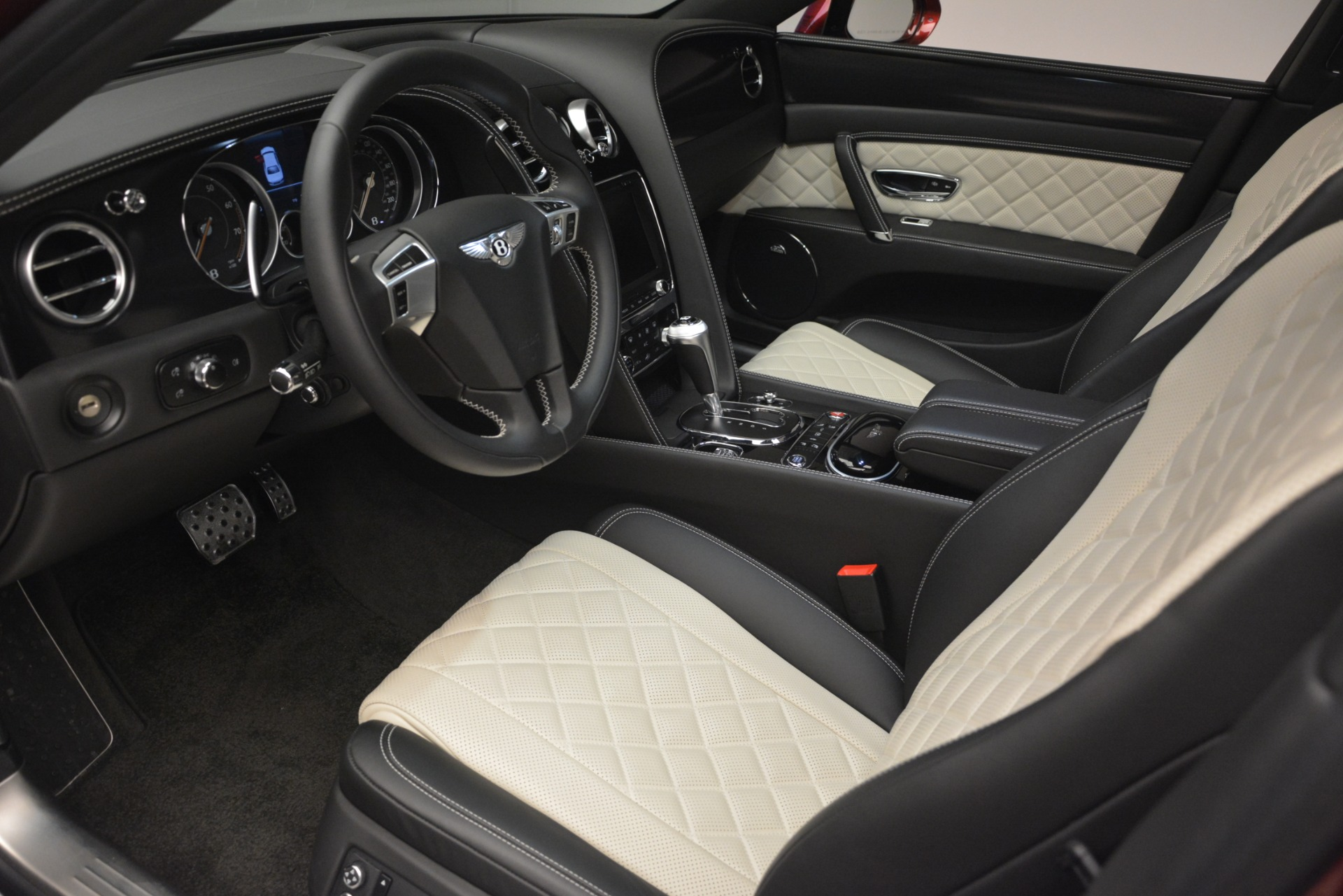 Used 2018 Bentley Flying Spur W12 S For Sale $271780 In Greenwich, CT 3014_p18