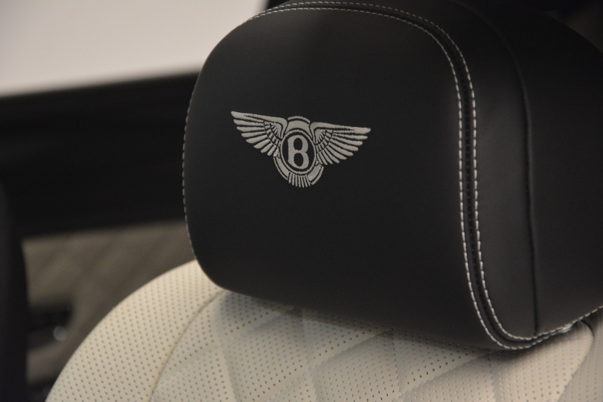 Used 2018 Bentley Flying Spur W12 S For Sale $271780 In Greenwich, CT 3014_p21