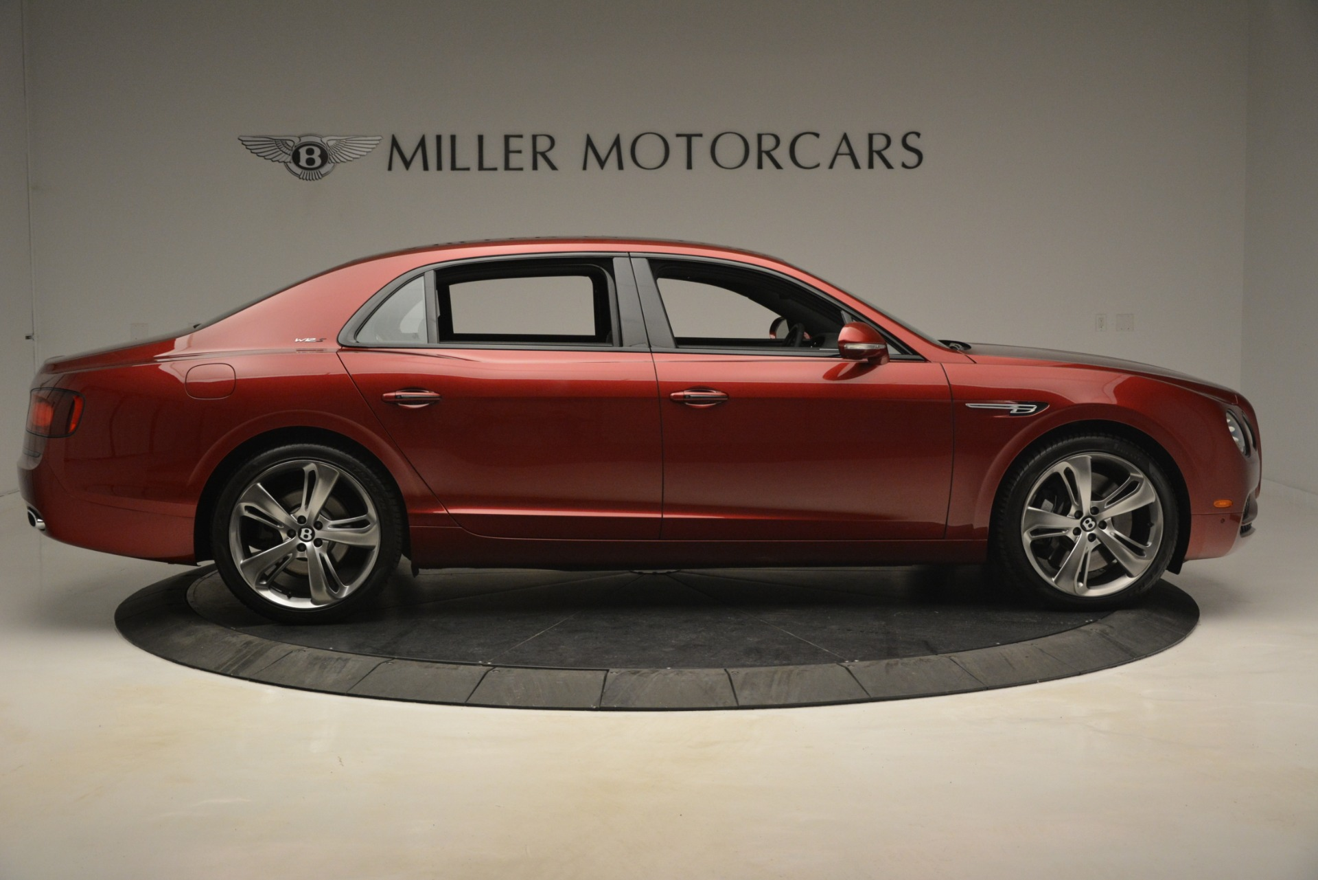 Used 2018 Bentley Flying Spur W12 S For Sale $271780 In Greenwich, CT 3014_p9