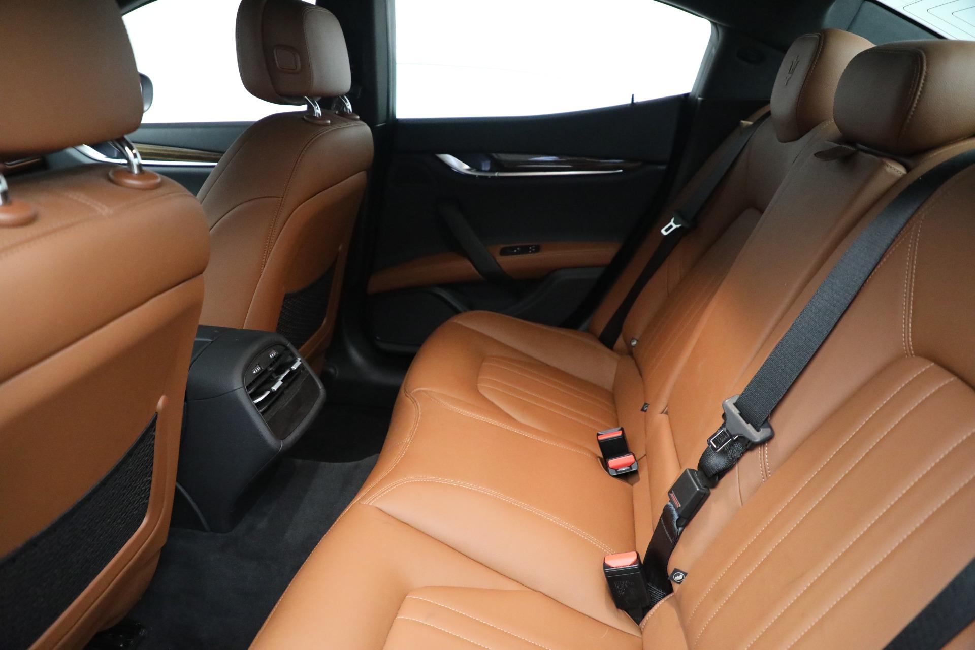 New 2019 Maserati Ghibli S Q4 For Sale In Greenwich, CT. Alfa Romeo of Greenwich, M2274 3019_p19