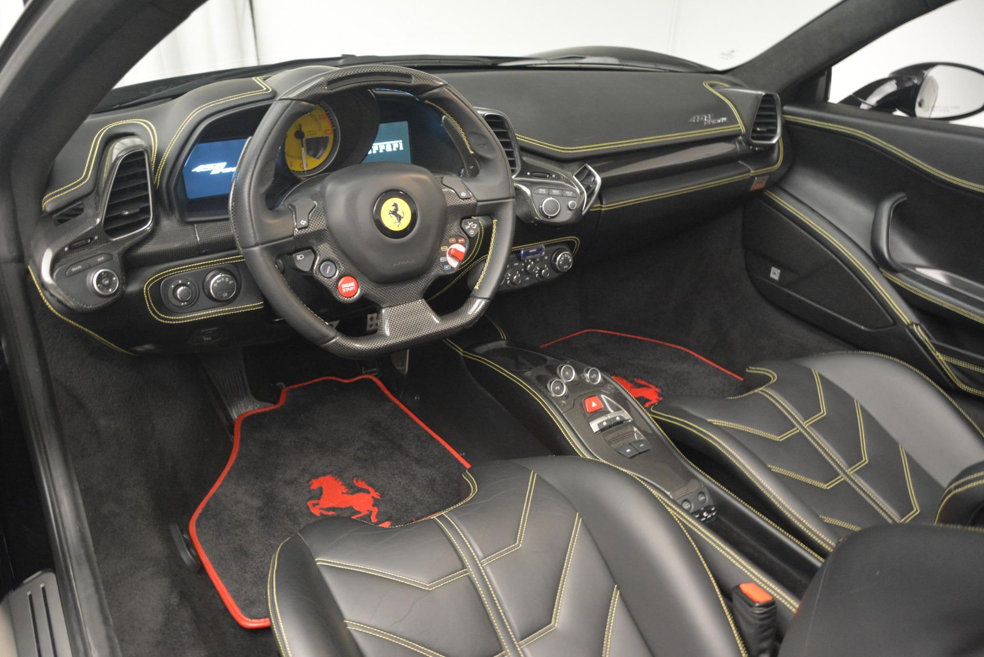 Used 2013 Ferrari 458 Spider  For Sale In Greenwich, CT. Alfa Romeo of Greenwich, 4544 3024_p25