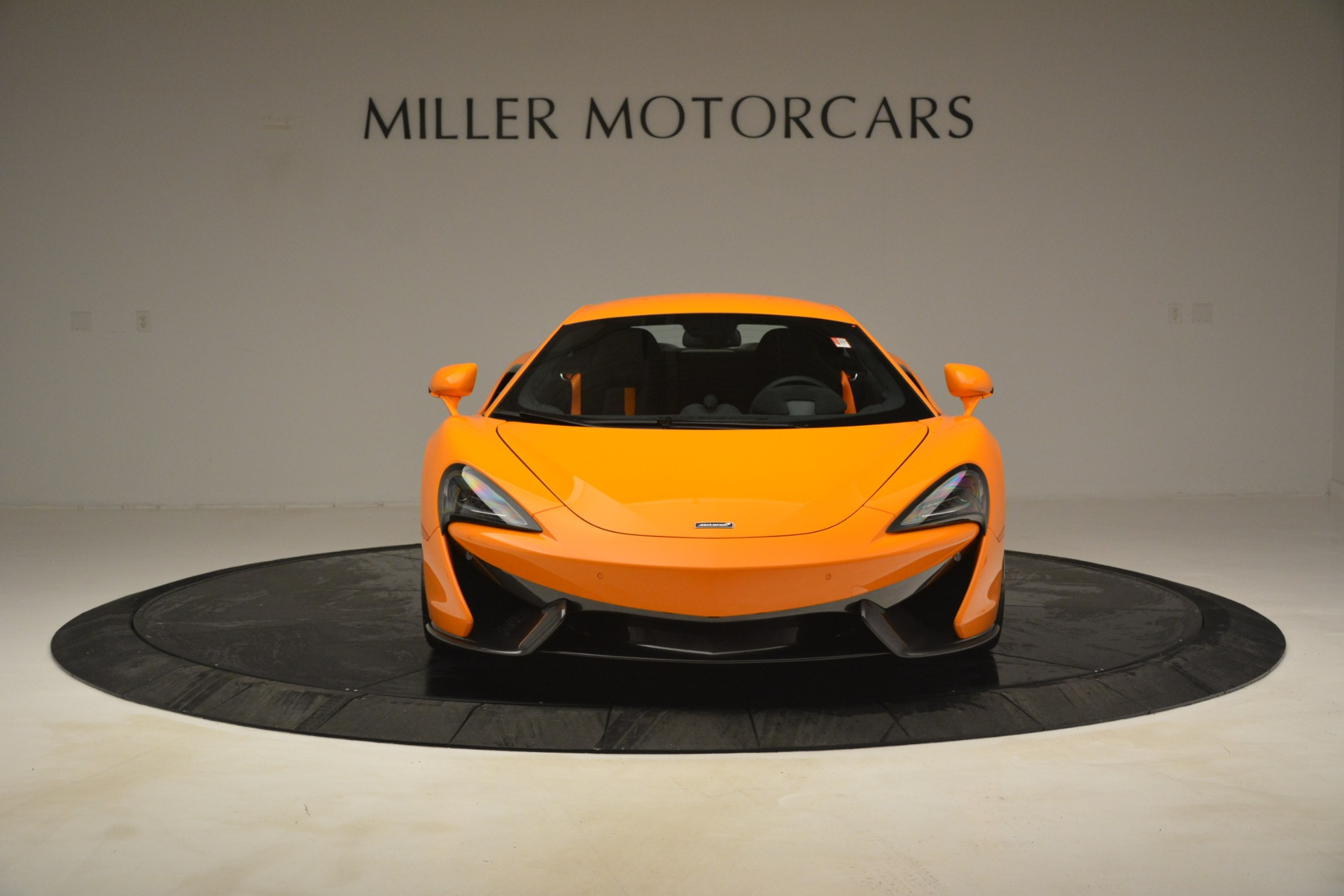 New 2019 McLaren 570S Coupe For Sale In Greenwich, CT. Alfa Romeo of Greenwich, MC417 3027_p12