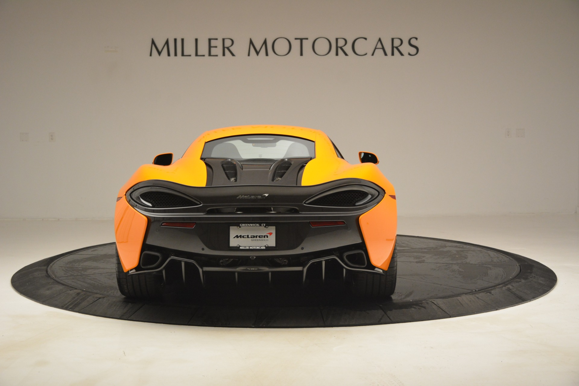 New 2019 McLaren 570S Coupe For Sale In Greenwich, CT. Alfa Romeo of Greenwich, MC417 3027_p6