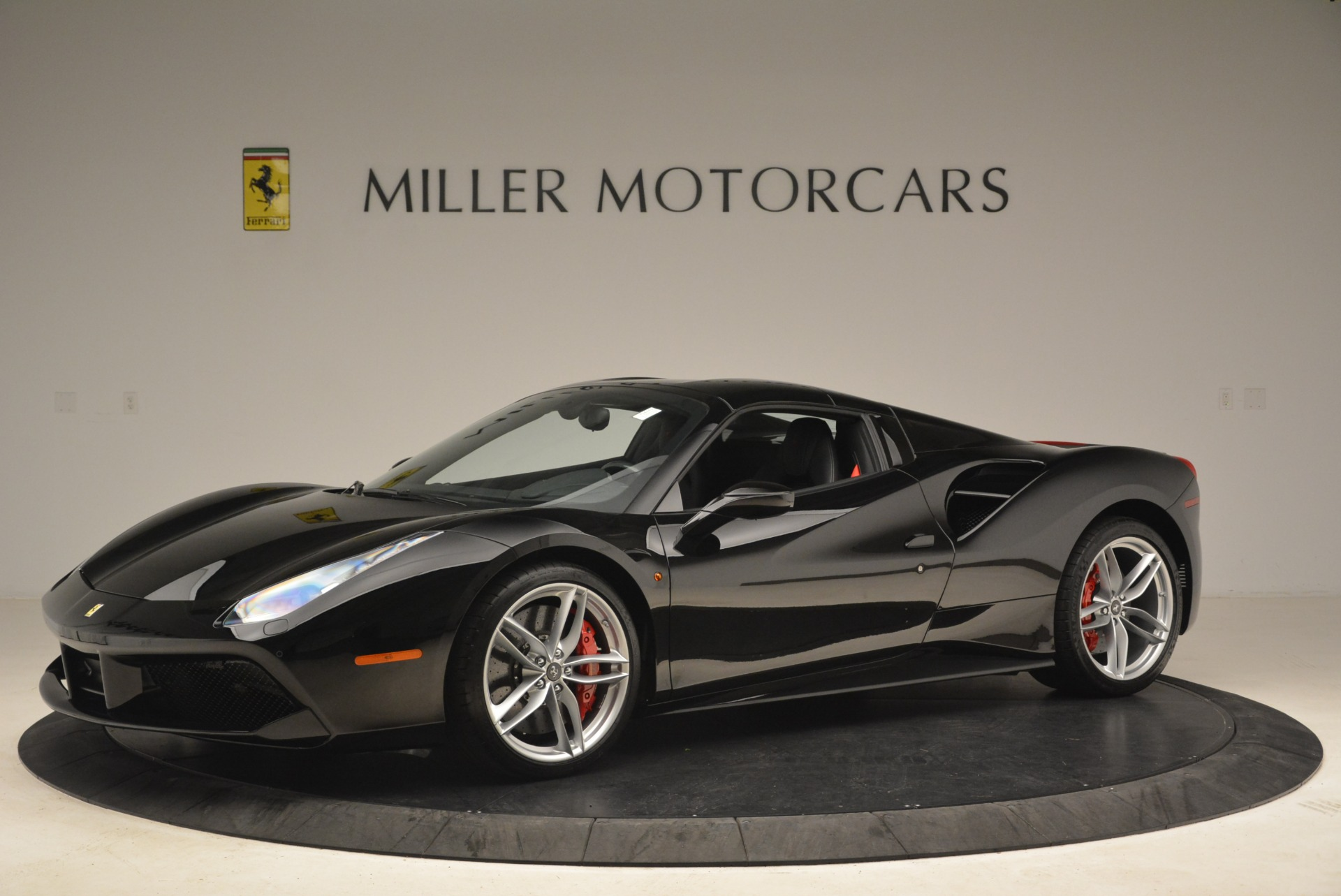Used 2018 Ferrari 488 Spider  For Sale In Greenwich, CT. Alfa Romeo of Greenwich, F1891B 3029_p14