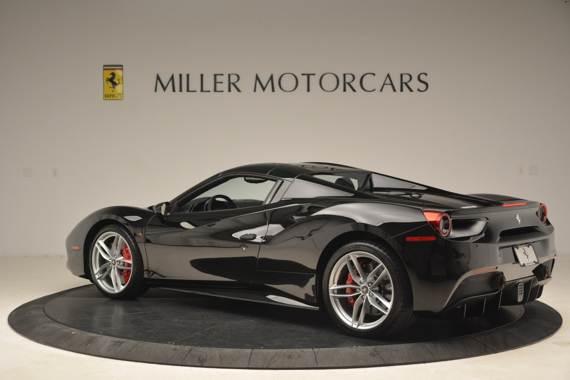 Used 2018 Ferrari 488 Spider  For Sale In Greenwich, CT. Alfa Romeo of Greenwich, F1891B 3029_p16