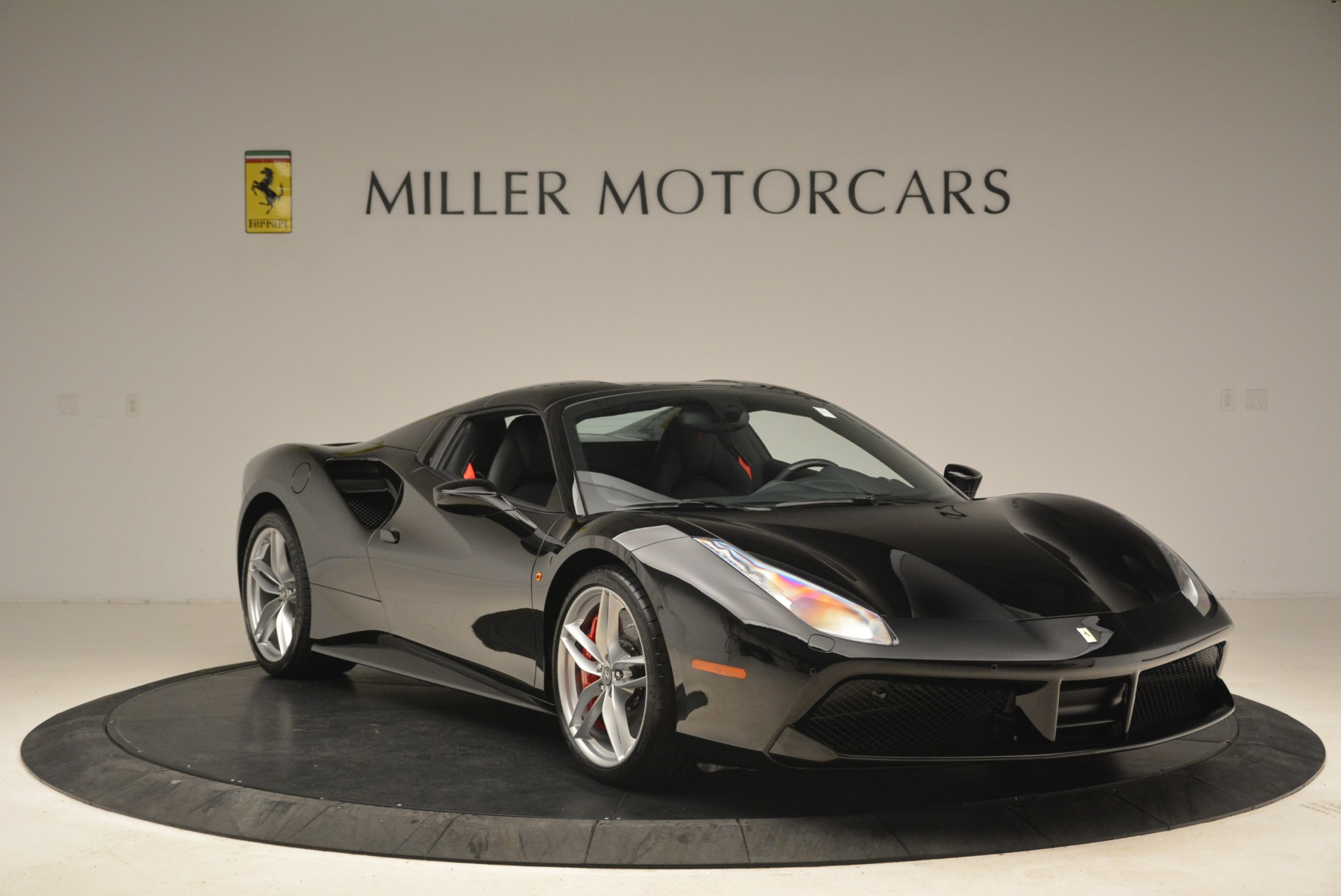 Used 2018 Ferrari 488 Spider  For Sale In Greenwich, CT. Alfa Romeo of Greenwich, F1891B 3029_p23
