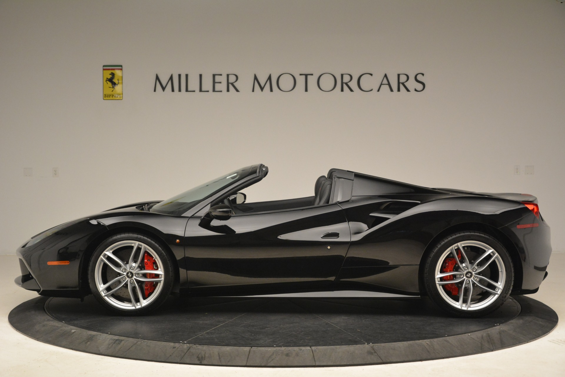 Used 2018 Ferrari 488 Spider  For Sale In Greenwich, CT. Alfa Romeo of Greenwich, F1891B 3029_p3