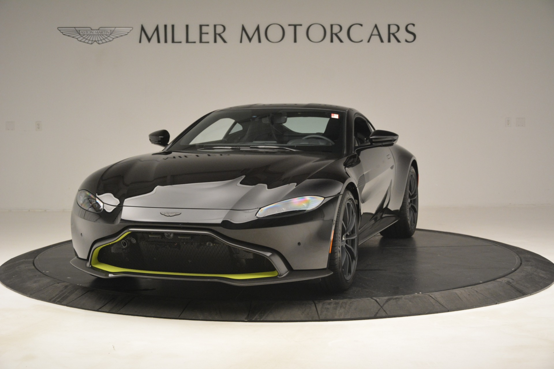 New 2019 Aston Martin Vantage Coupe For Sale $207962 In Greenwich, CT 3030_p2
