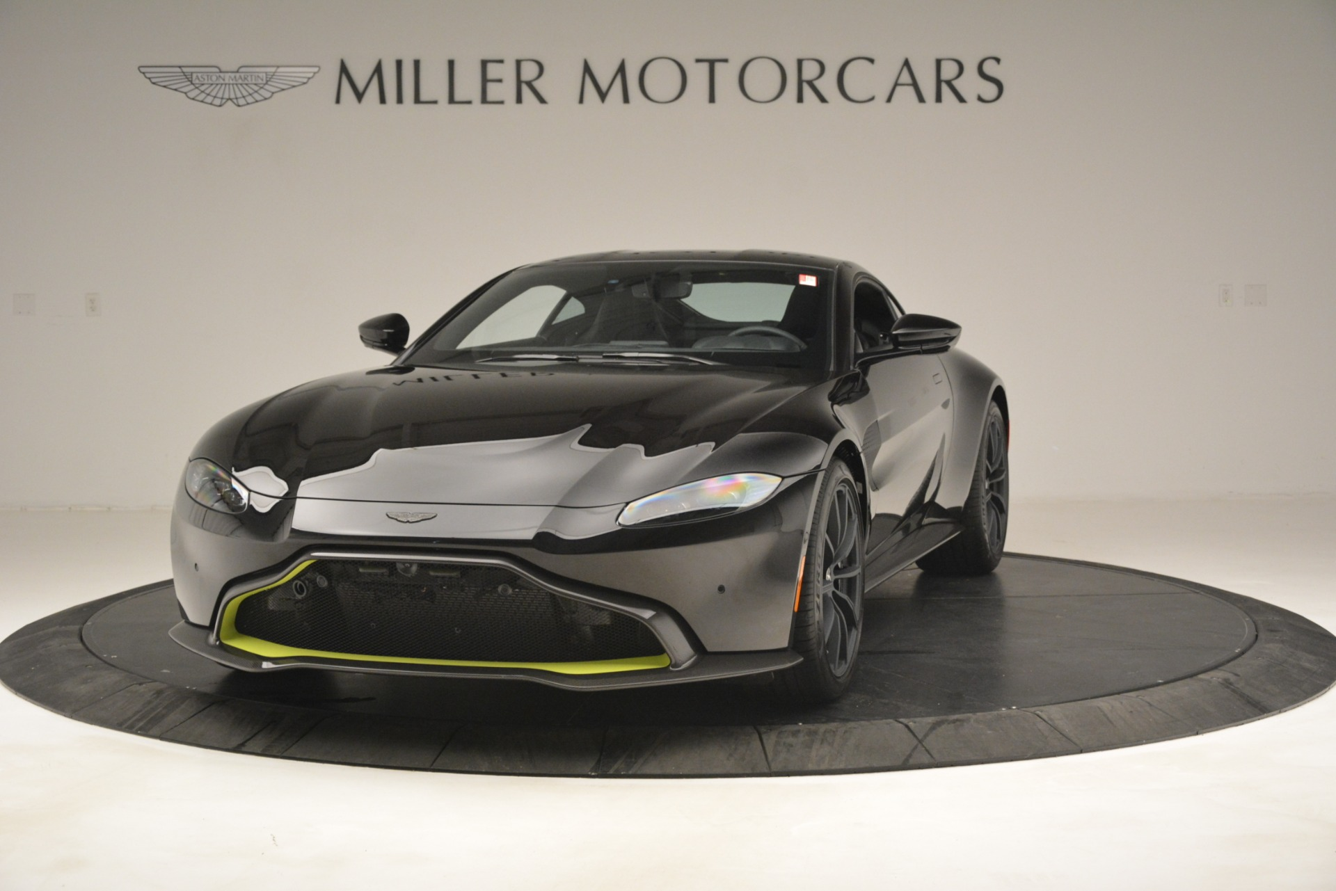 New 2019 Aston Martin Vantage Coupe For Sale $207962 In Greenwich, CT 3030_p3