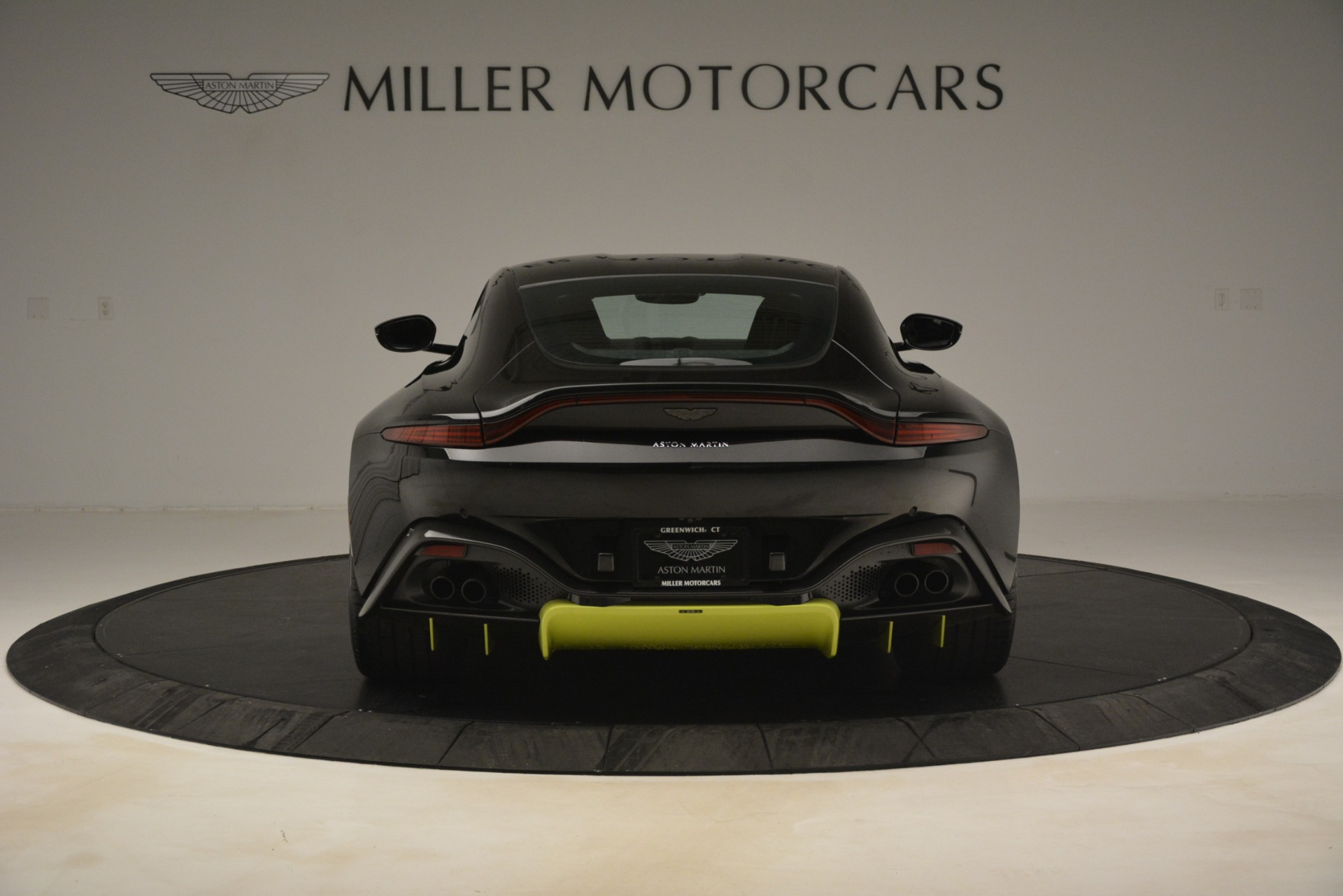 New 2019 Aston Martin Vantage Coupe For Sale $207962 In Greenwich, CT 3030_p7