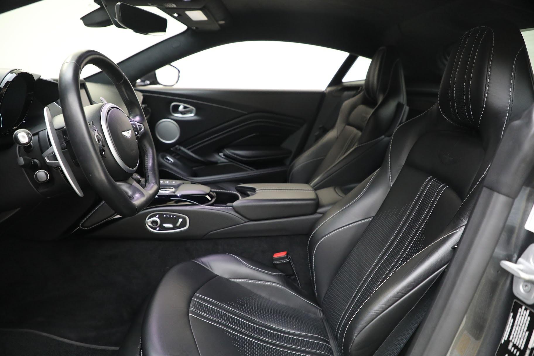 New 2019 Aston Martin Vantage Coupe For Sale In Greenwich, CT. Alfa Romeo of Greenwich, A1356 3032_p14