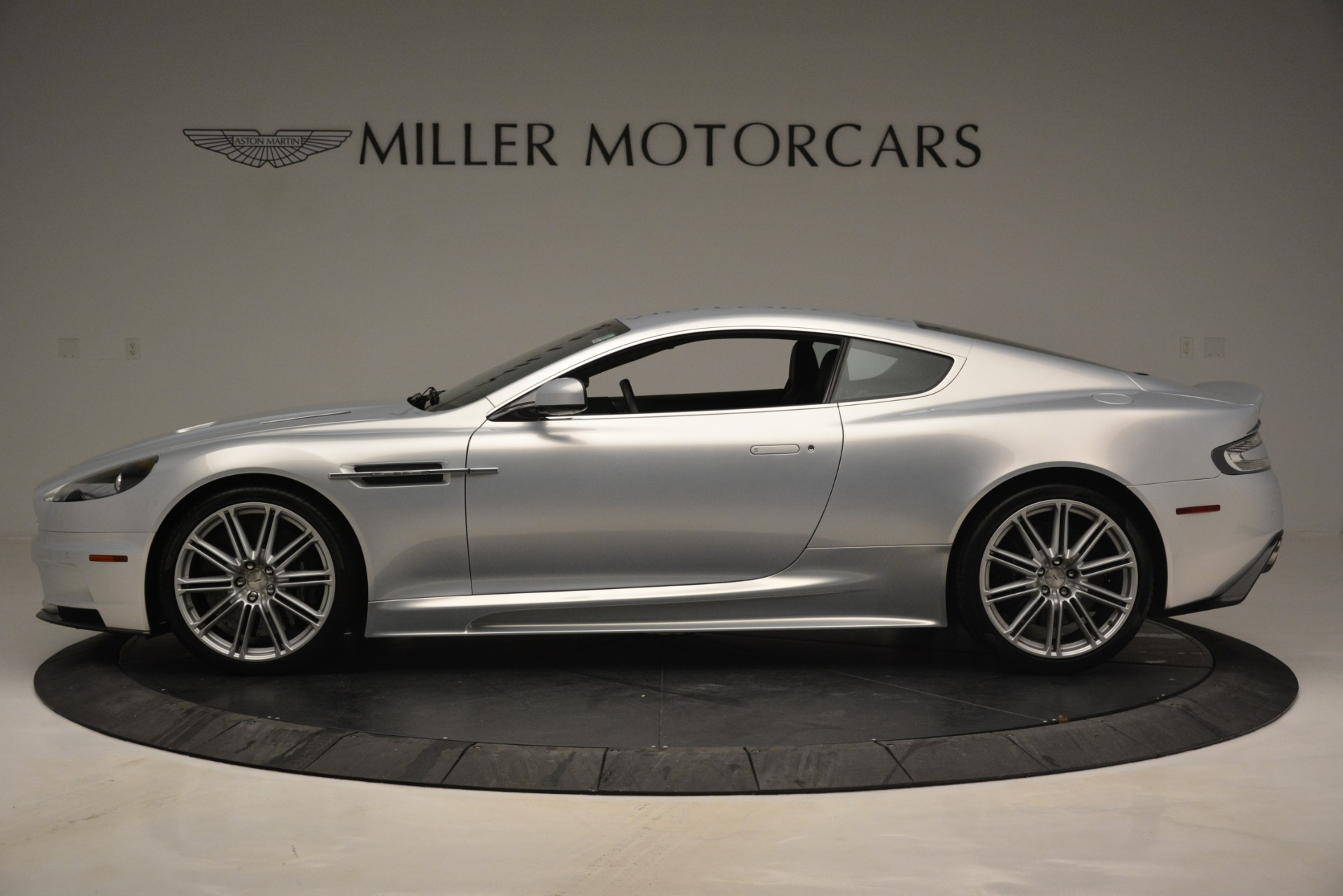Used 2009 Aston Martin DBS Coupe For Sale In Greenwich, CT. Alfa Romeo of Greenwich, 7467A 3033_p3