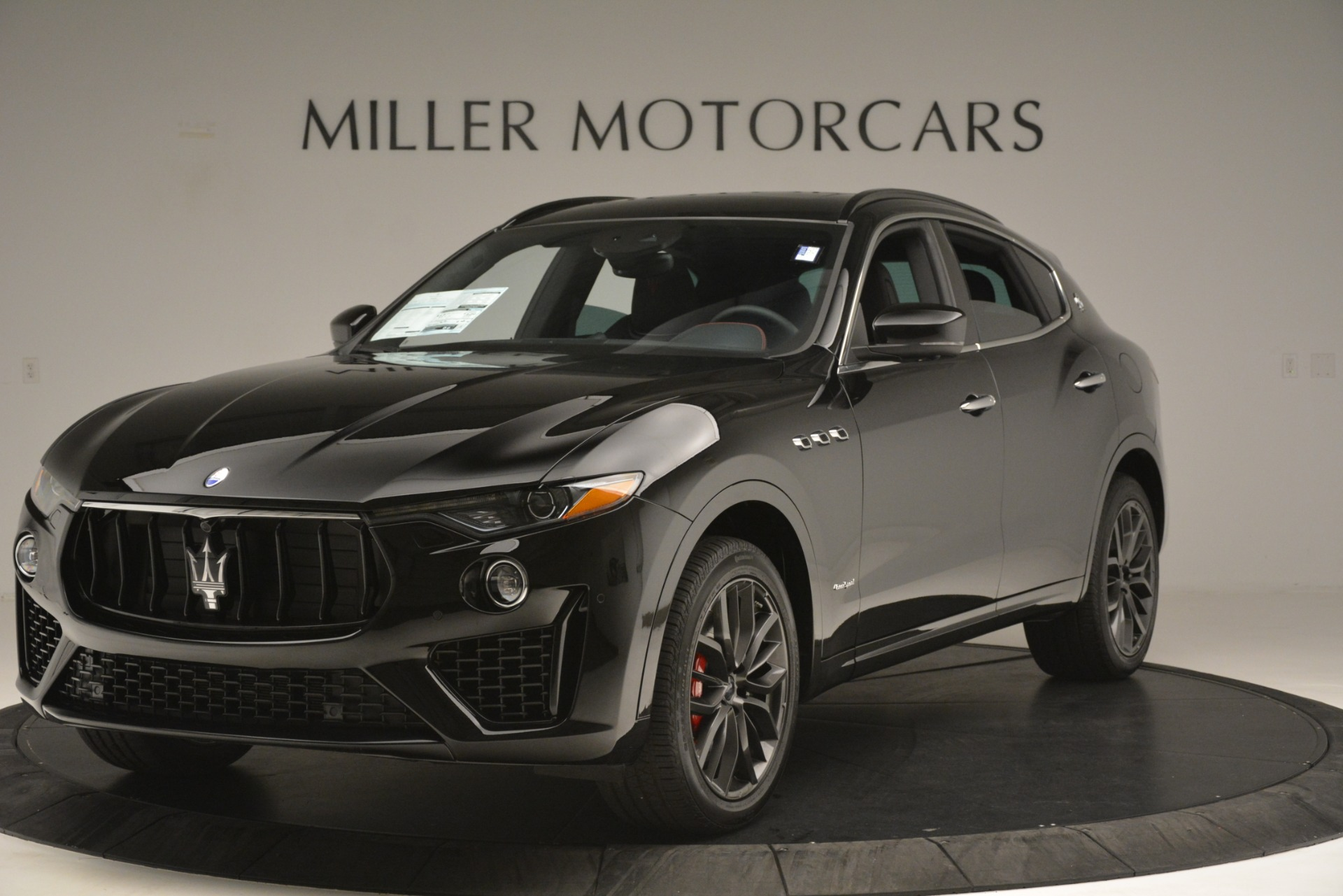 New 2019 Maserati Levante S Q4 GranSport For Sale In Greenwich, CT. Alfa Romeo of Greenwich, M2281 3034_main