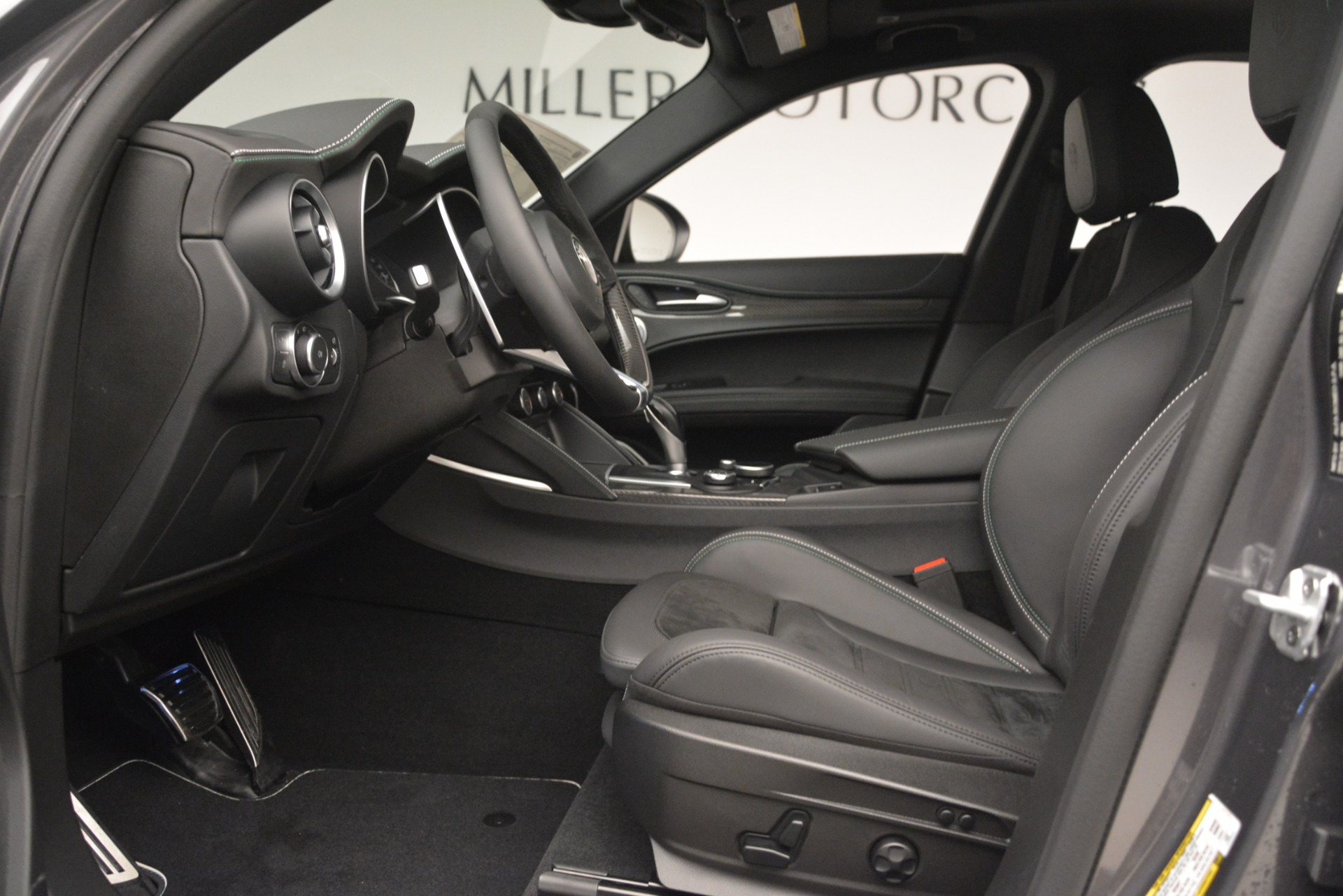 New 2019 Alfa Romeo Stelvio Quadrifoglio For Sale In Greenwich, CT. Alfa Romeo of Greenwich, L584 3038_p15