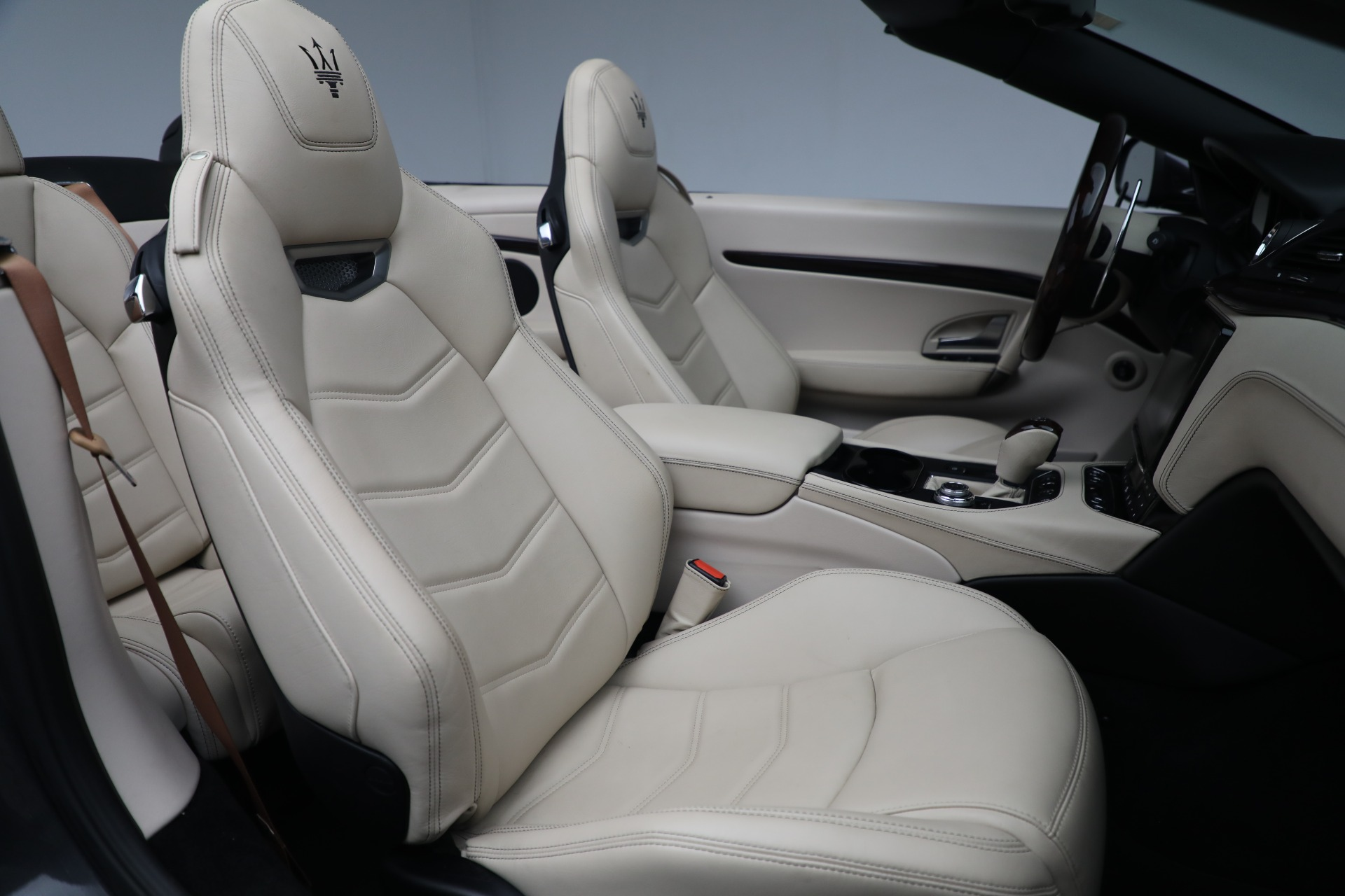 New 2019 Maserati GranTurismo Sport Convertible For Sale In Greenwich, CT. Alfa Romeo of Greenwich, M2280 3040_p23