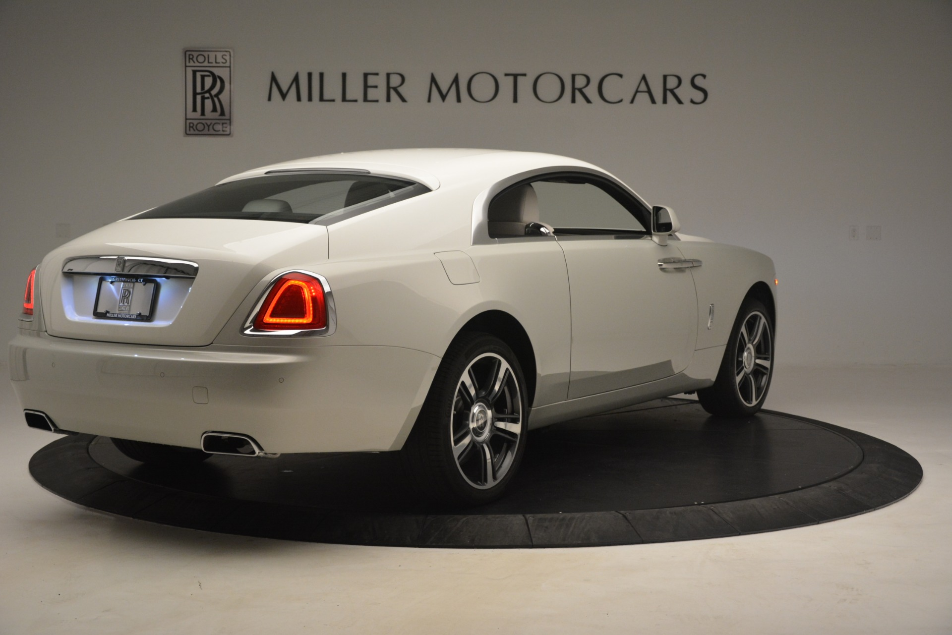 Used 2016 Rolls-Royce Wraith  For Sale $229900 In Greenwich, CT 3043_p10