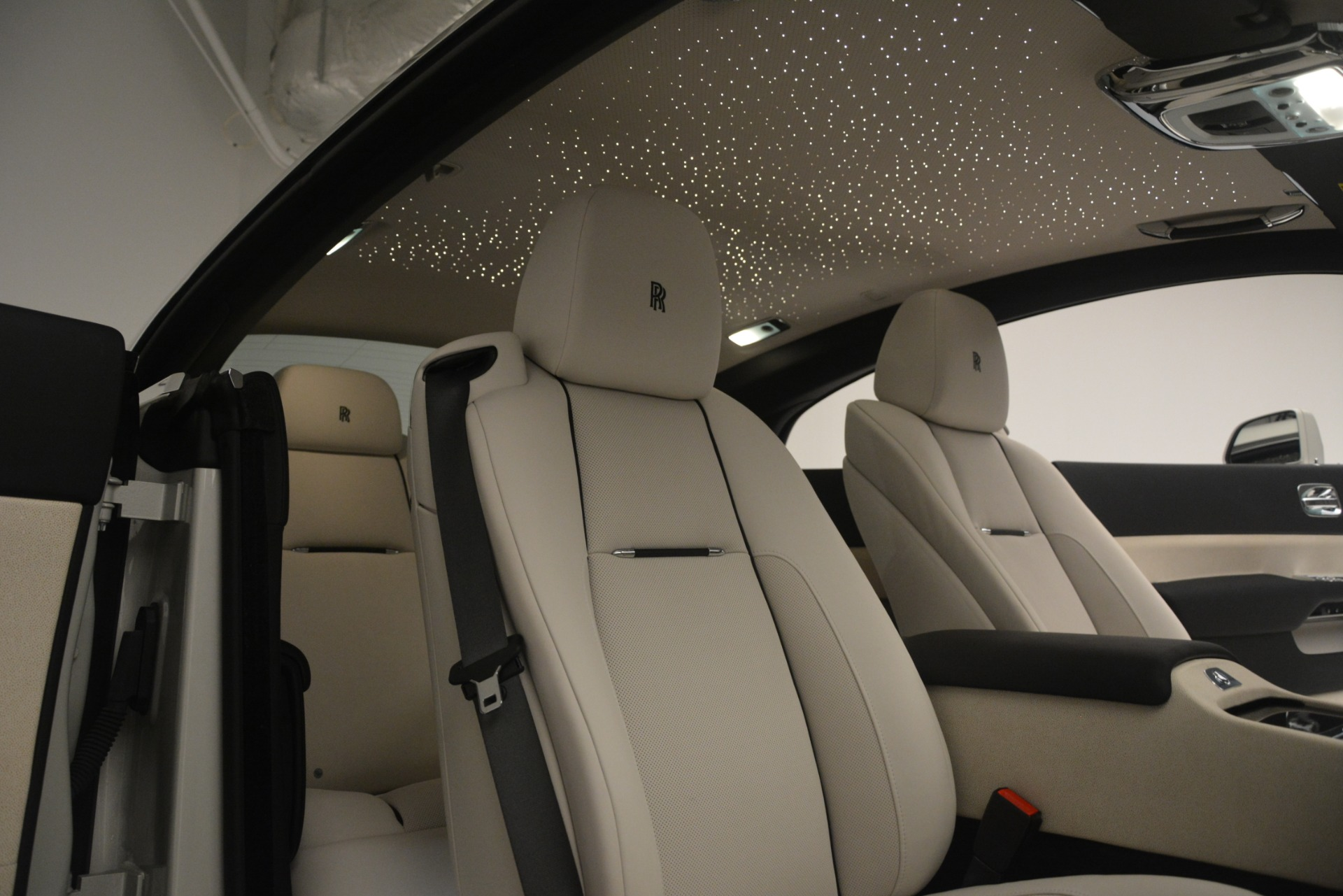 Used 2016 Rolls-Royce Wraith  For Sale $229900 In Greenwich, CT 3043_p17