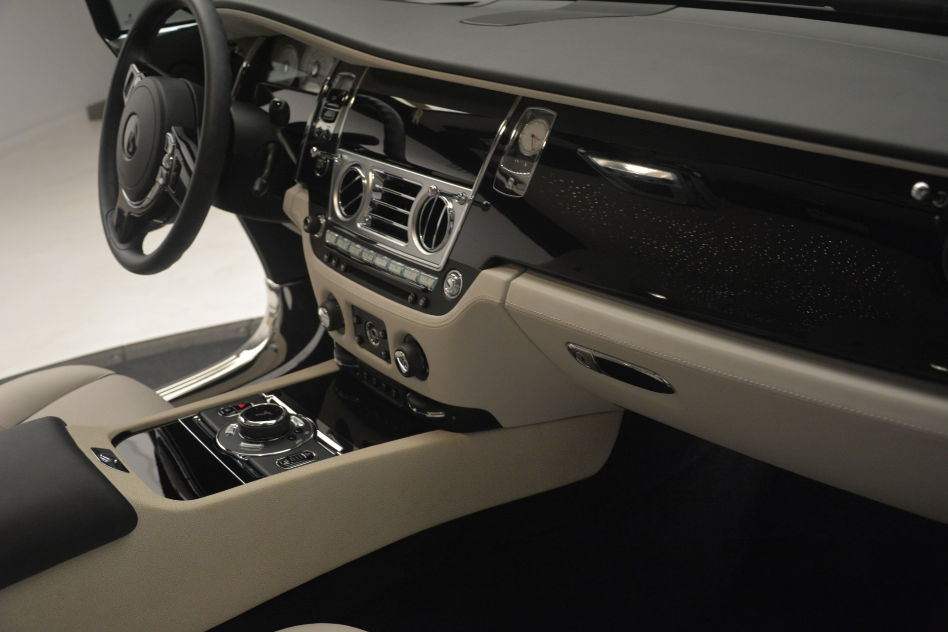 Used 2016 Rolls-Royce Wraith  For Sale $229900 In Greenwich, CT 3043_p19