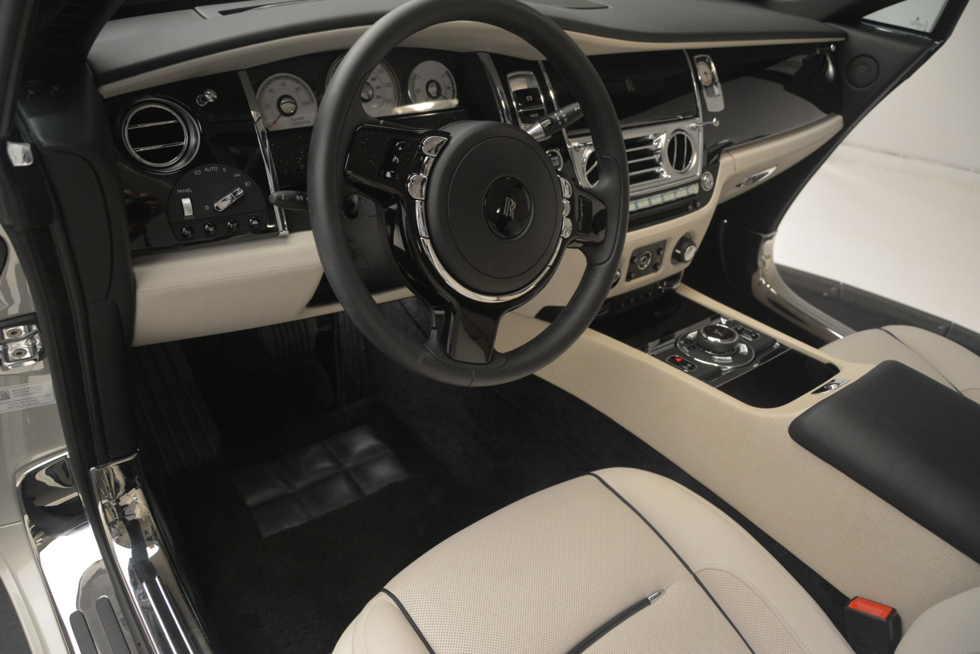 Used 2016 Rolls-Royce Wraith  For Sale $229900 In Greenwich, CT 3043_p24