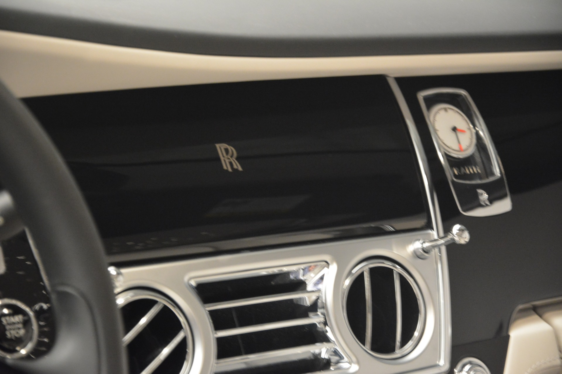 Used 2016 Rolls-Royce Wraith  For Sale $229900 In Greenwich, CT 3043_p30