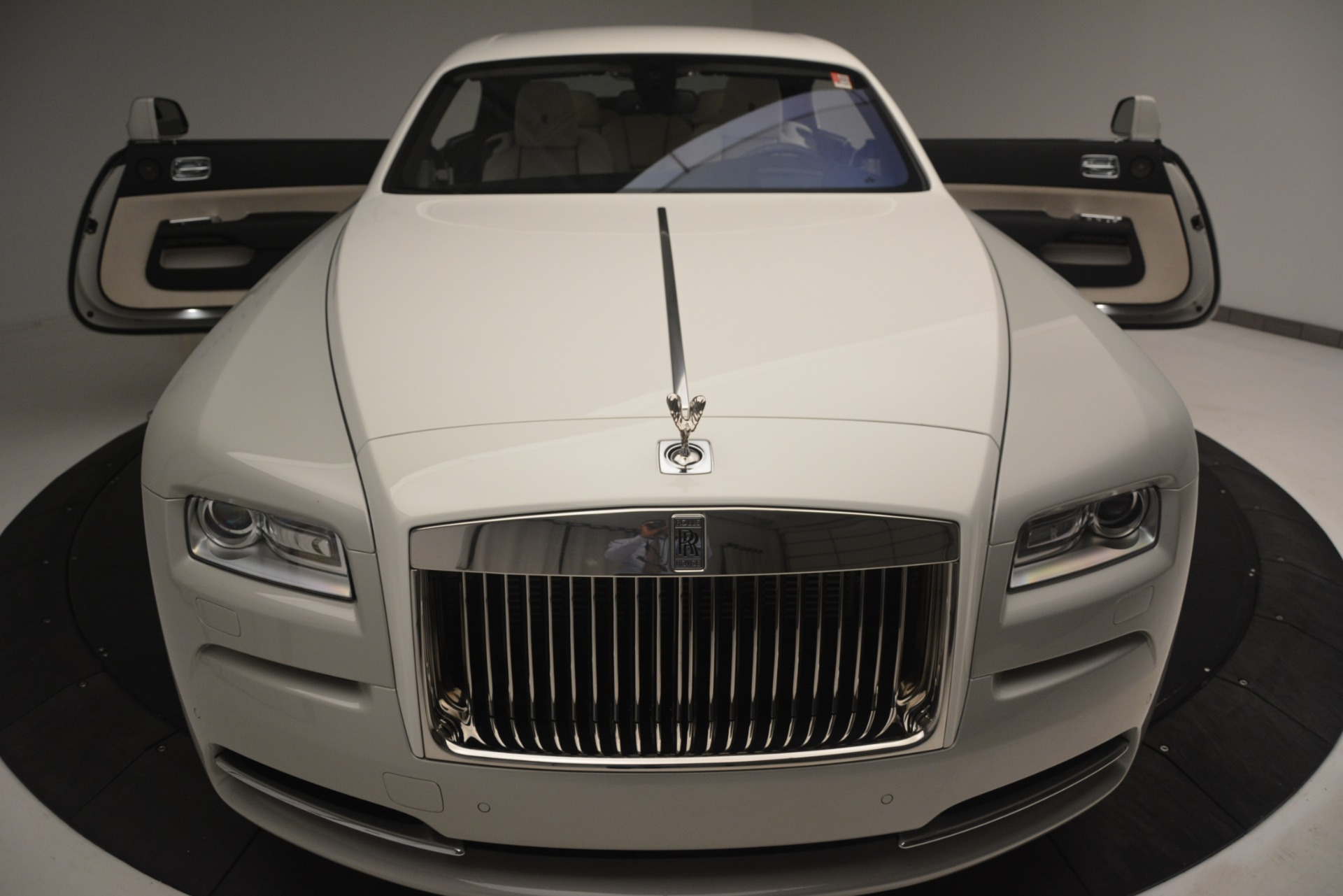 Used 2016 Rolls-Royce Wraith  For Sale $229900 In Greenwich, CT 3043_p35