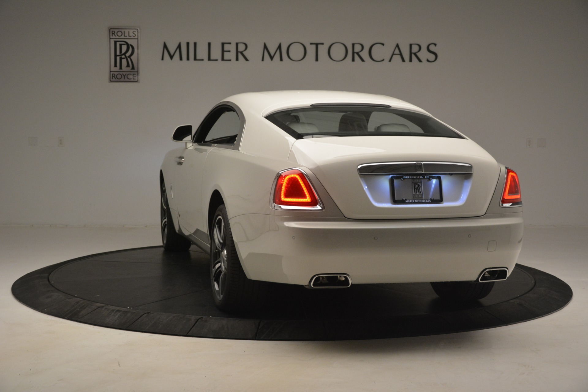 Used 2016 Rolls-Royce Wraith  For Sale $229900 In Greenwich, CT 3043_p7