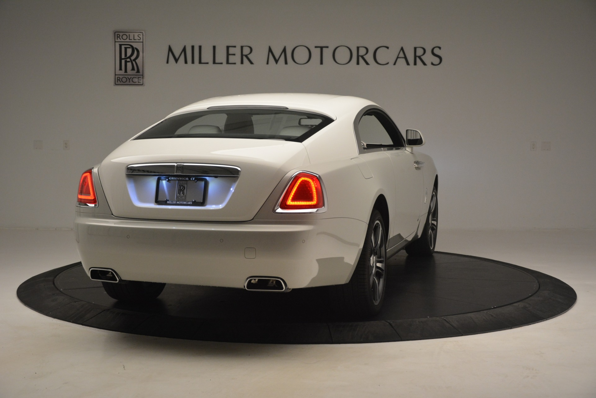 Used 2016 Rolls-Royce Wraith  For Sale $229900 In Greenwich, CT 3043_p9