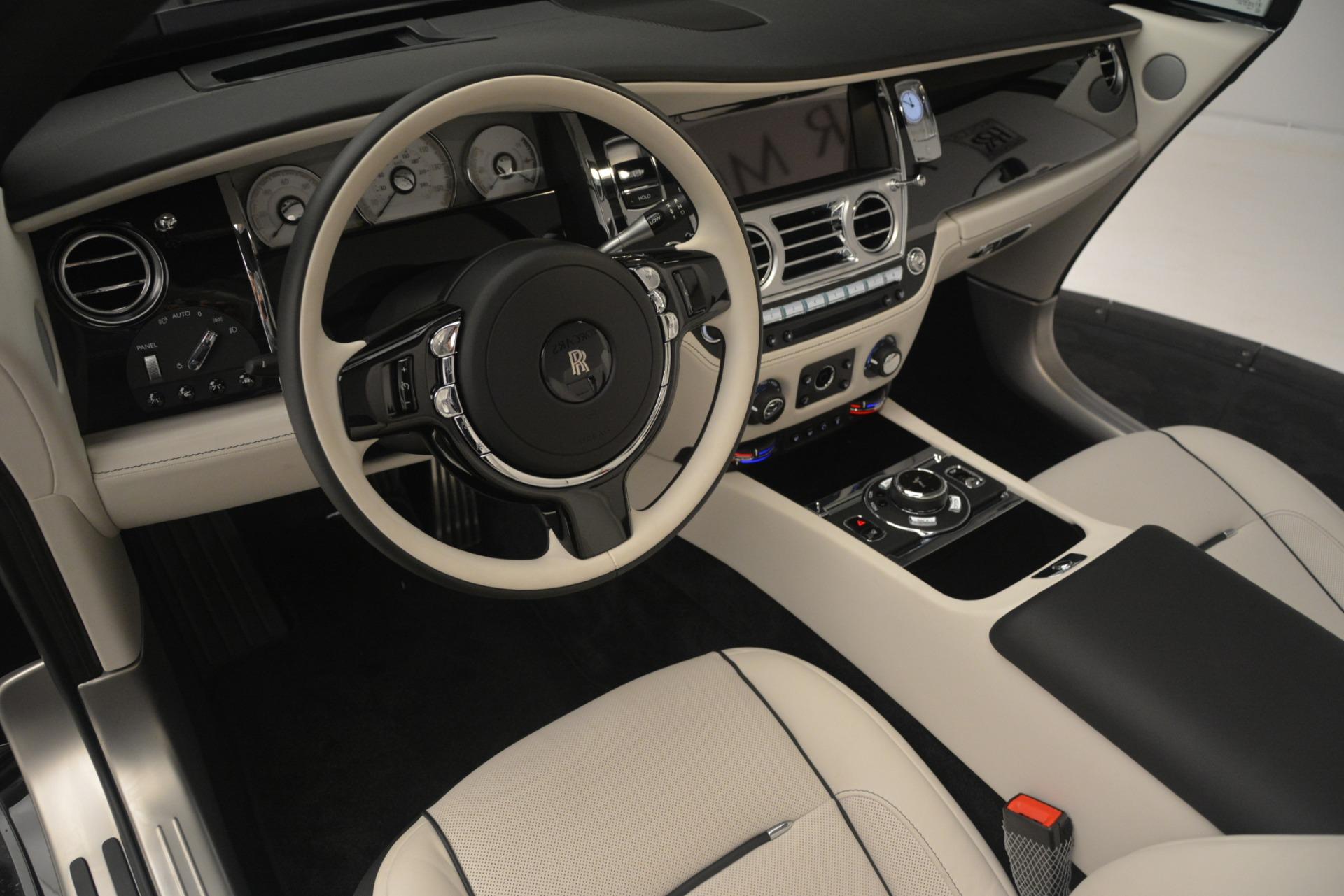Used 2018 Rolls-Royce Dawn  For Sale In Greenwich, CT. Alfa Romeo of Greenwich, 7527 3044_p32