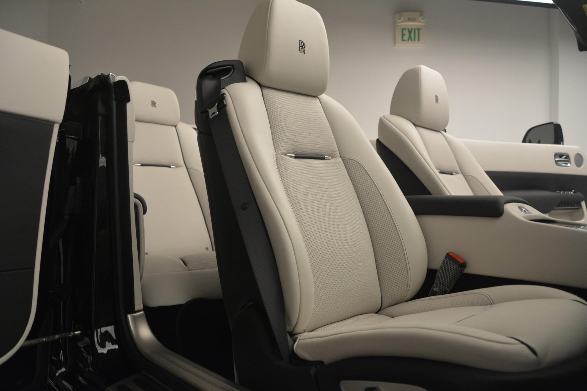 Used 2018 Rolls-Royce Dawn  For Sale In Greenwich, CT. Alfa Romeo of Greenwich, 7527 3044_p35