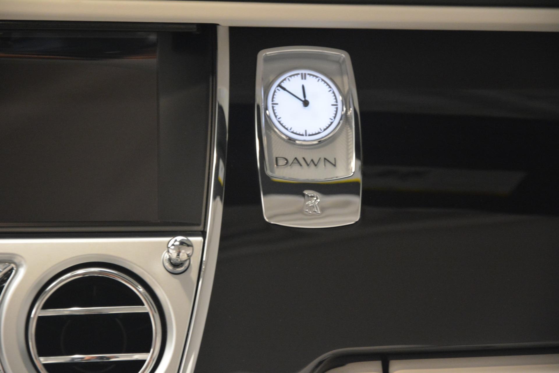Used 2018 Rolls-Royce Dawn  For Sale In Greenwich, CT. Alfa Romeo of Greenwich, 7527 3044_p41