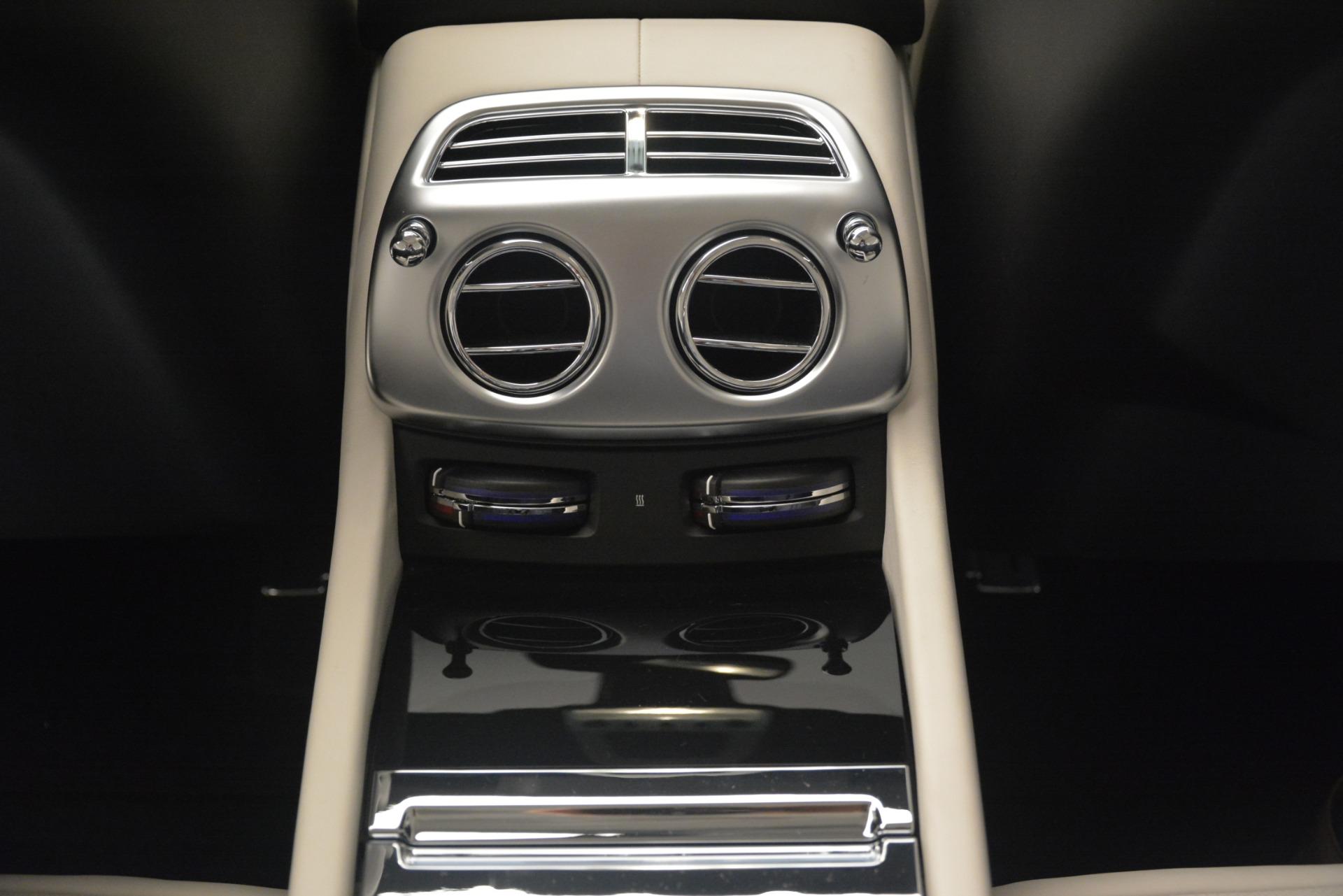 Used 2018 Rolls-Royce Dawn  For Sale In Greenwich, CT. Alfa Romeo of Greenwich, 7527 3044_p43