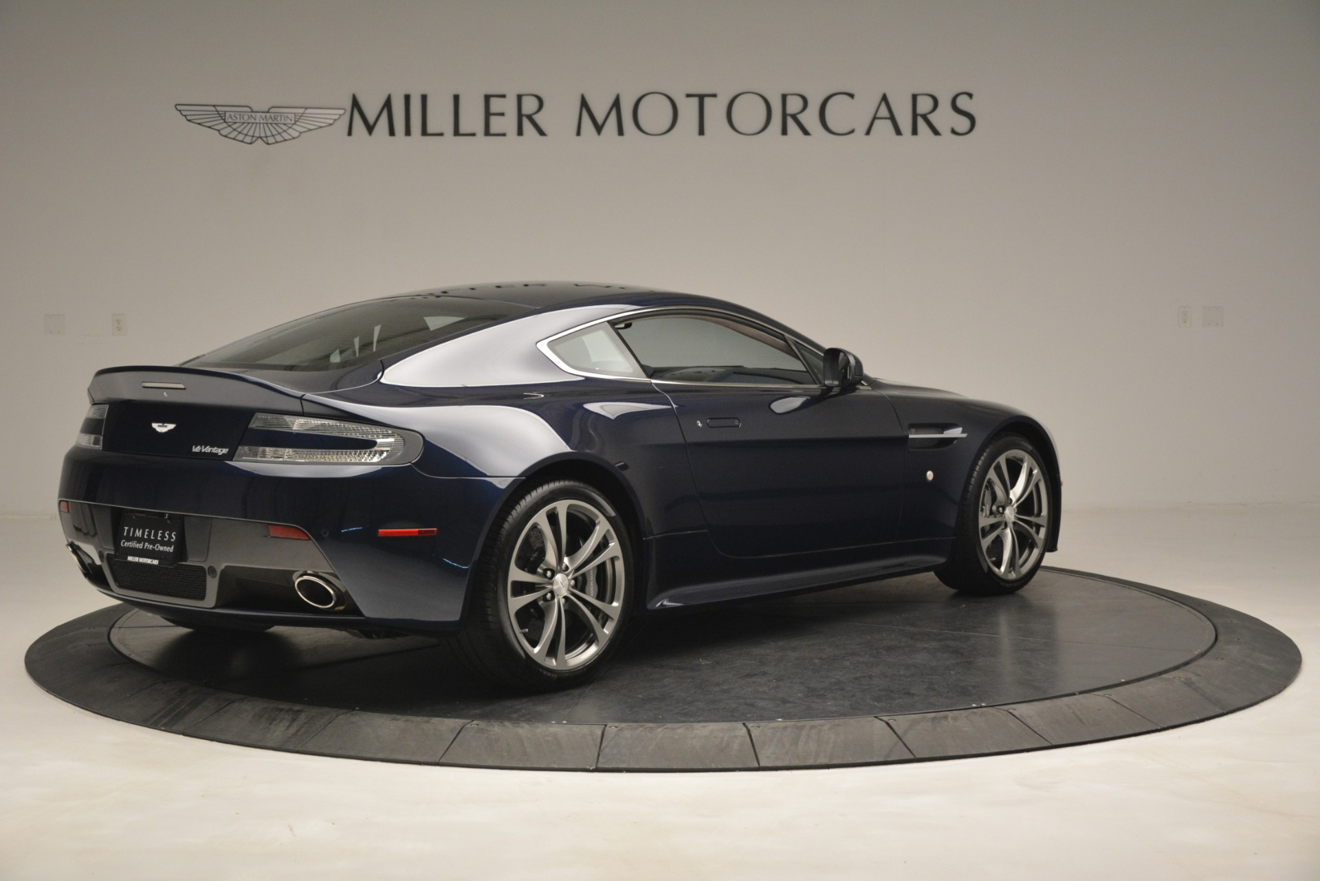 Used 2012 Aston Martin V12 Vantage  For Sale In Greenwich, CT. Alfa Romeo of Greenwich, 7524 3046_p8