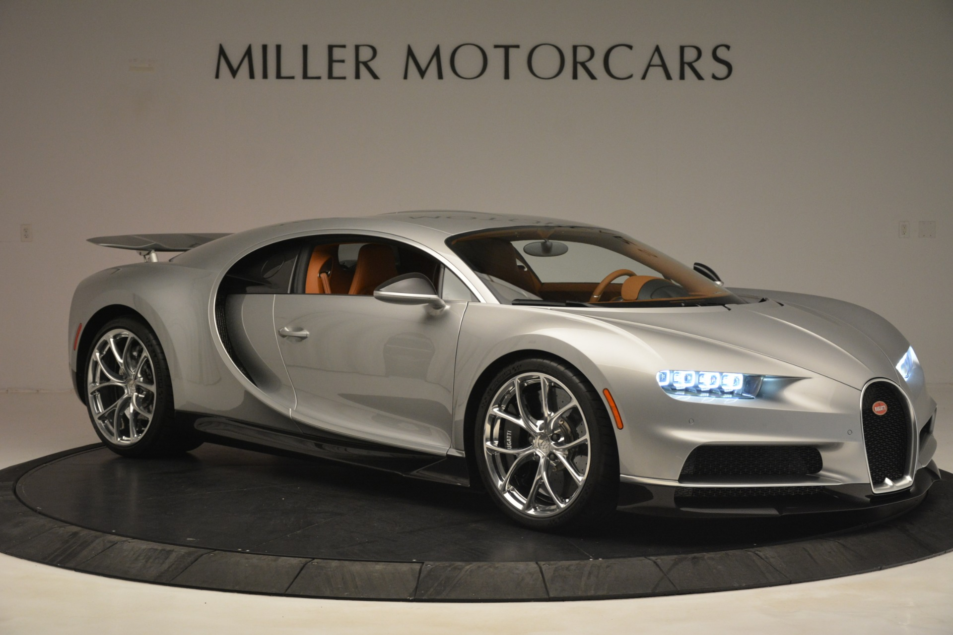 Used 2019 Bugatti Chiron  For Sale In Greenwich, CT. Alfa Romeo of Greenwich, 7529C 3048_p11