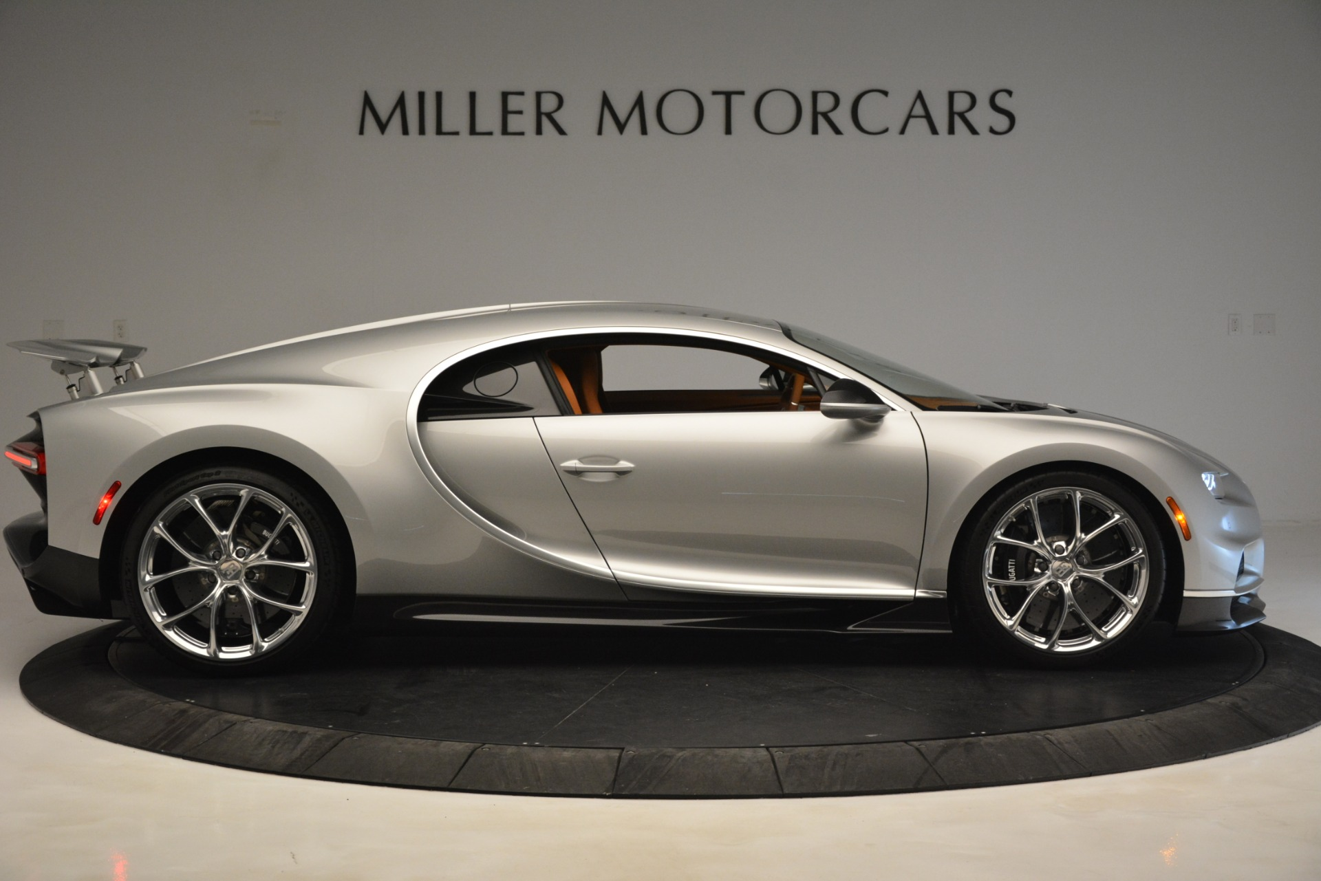 Used 2019 Bugatti Chiron  For Sale In Greenwich, CT. Alfa Romeo of Greenwich, 7529C 3048_p15