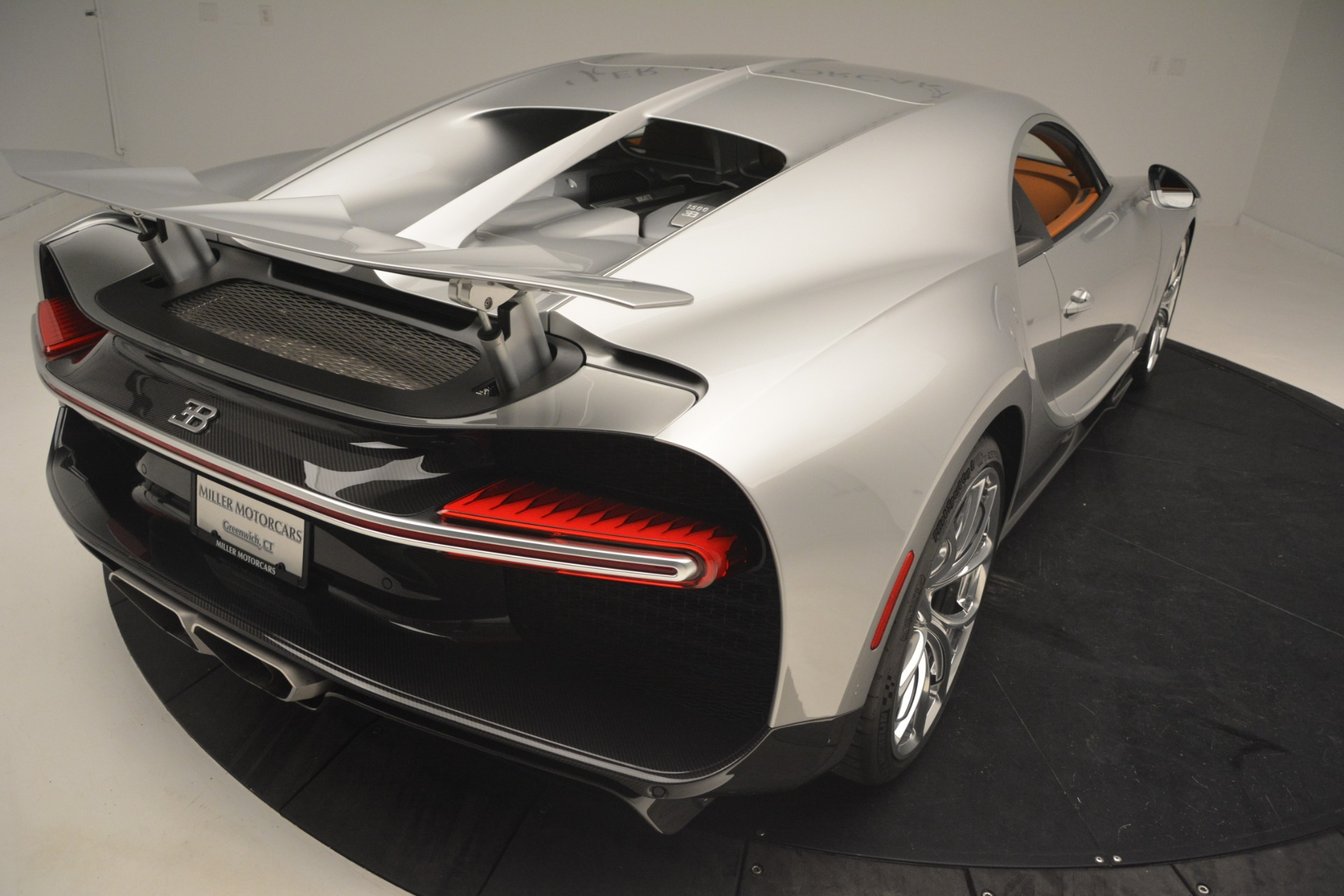 Used 2019 Bugatti Chiron  For Sale In Greenwich, CT. Alfa Romeo of Greenwich, 7529C 3048_p32