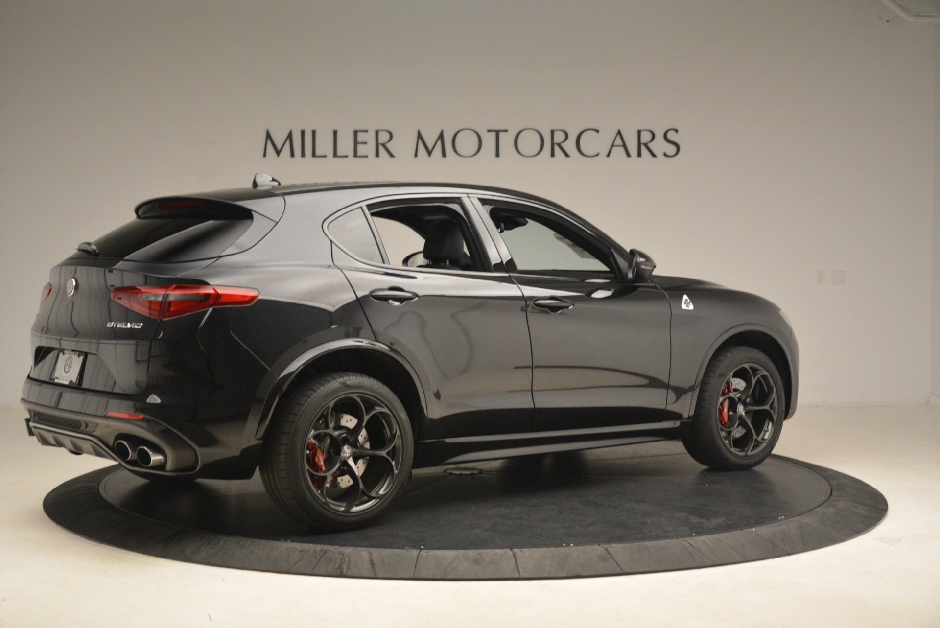New 2019 Alfa Romeo Stelvio Quadrifoglio For Sale In Greenwich, CT. Alfa Romeo of Greenwich, L594 3049_p8