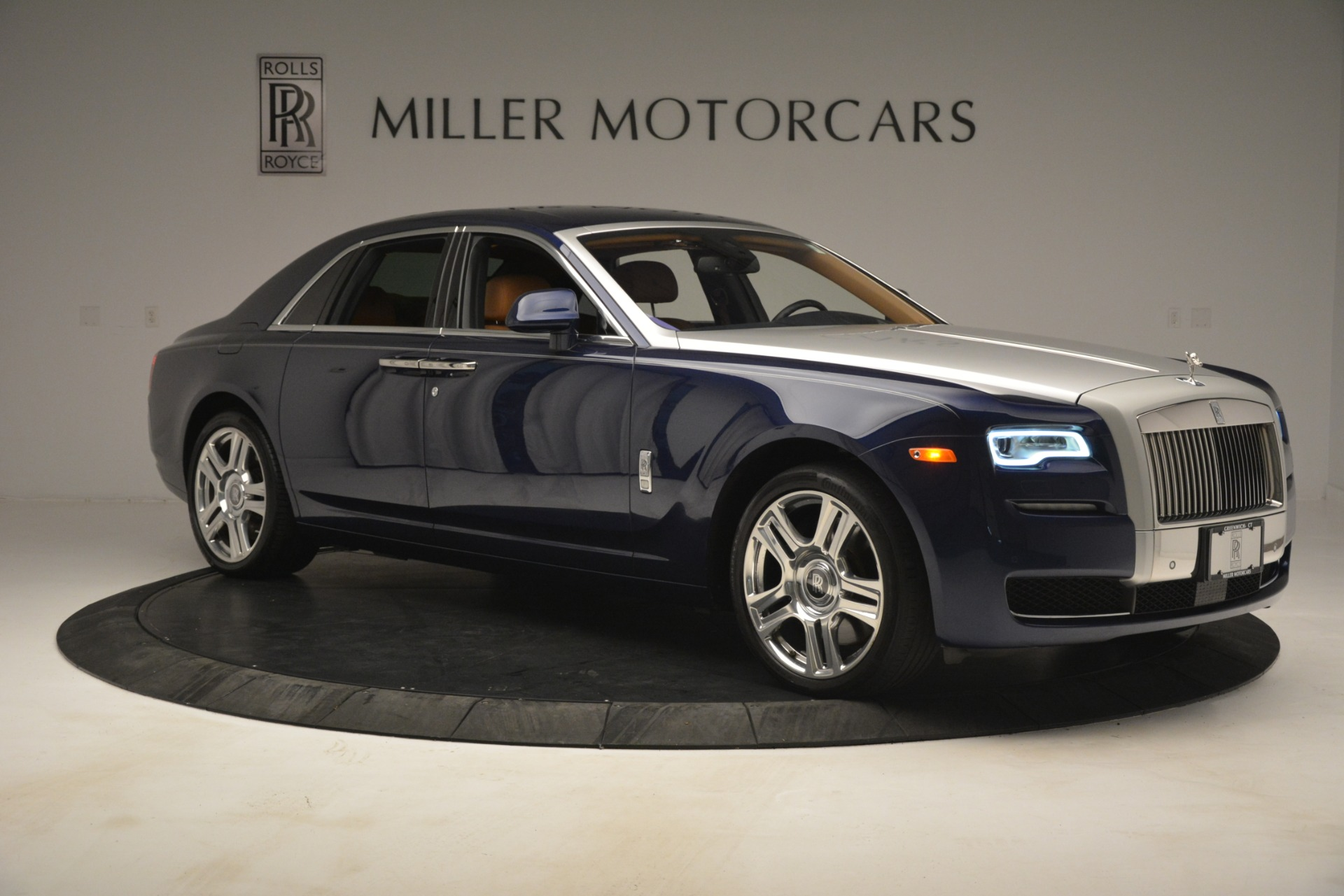 Used 2016 Rolls-Royce Ghost  For Sale In Greenwich, CT. Alfa Romeo of Greenwich, 7521 3050_p14